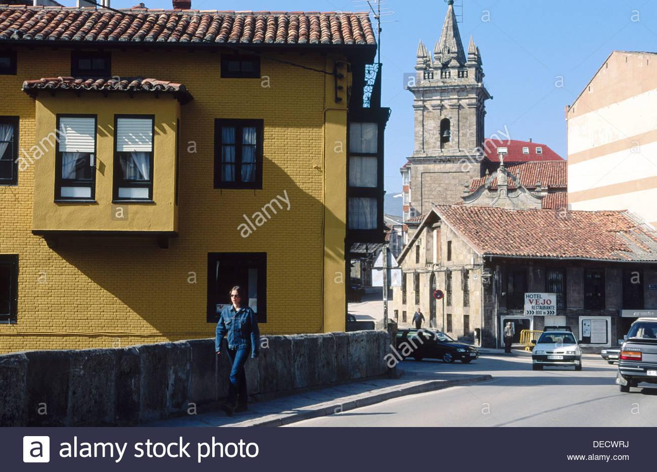 San Sebastian church XVI XVIIIth centuries in background 1300x934