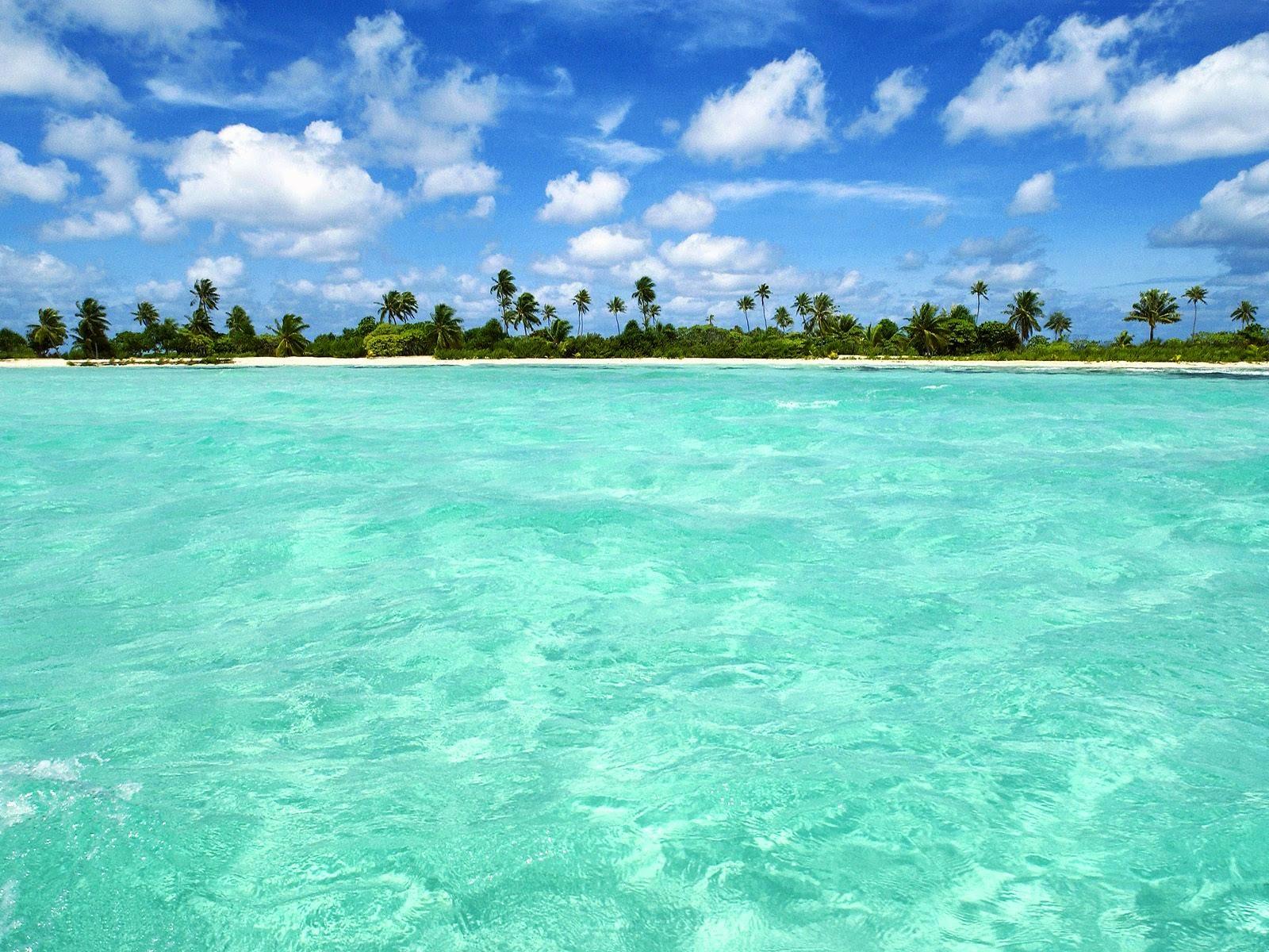 beautiful beach picture Download Tropical Island Beach Scenery Clean 1600x1200