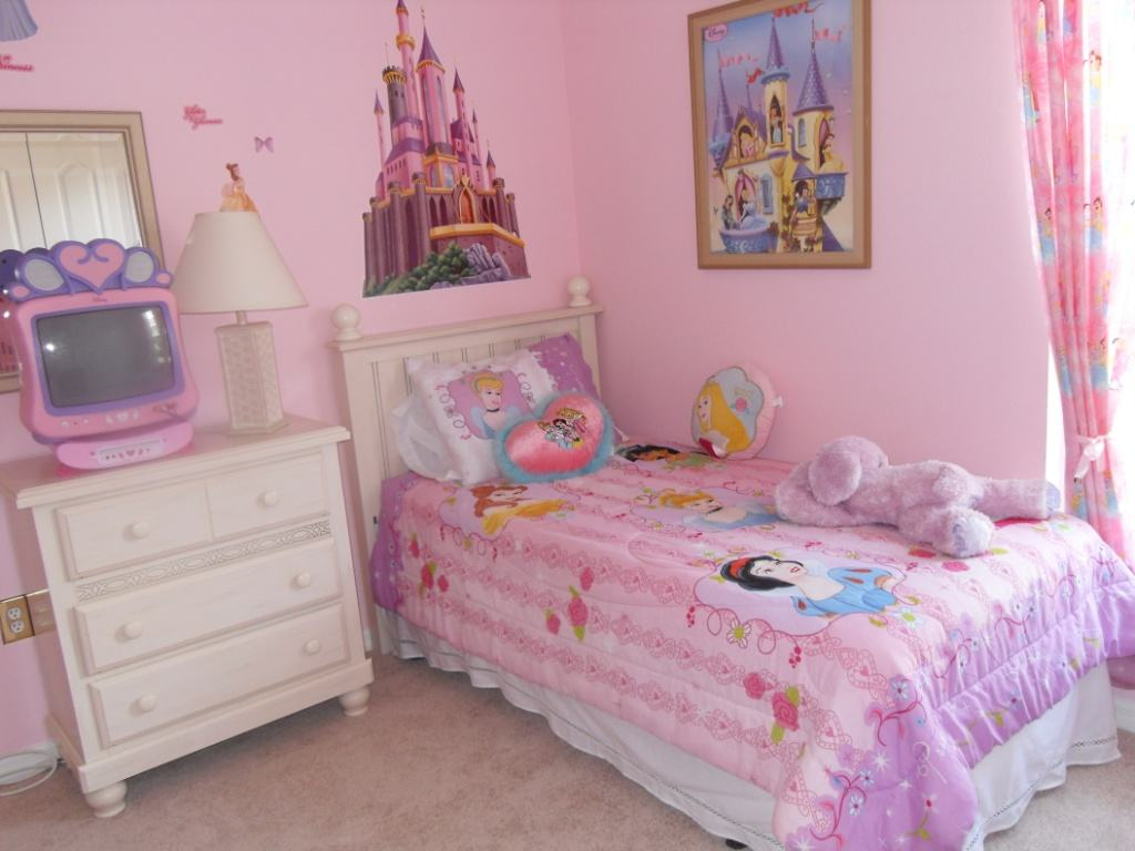 Girls Bedroom Wallpaper 11 Industry Standard Design 1024x768