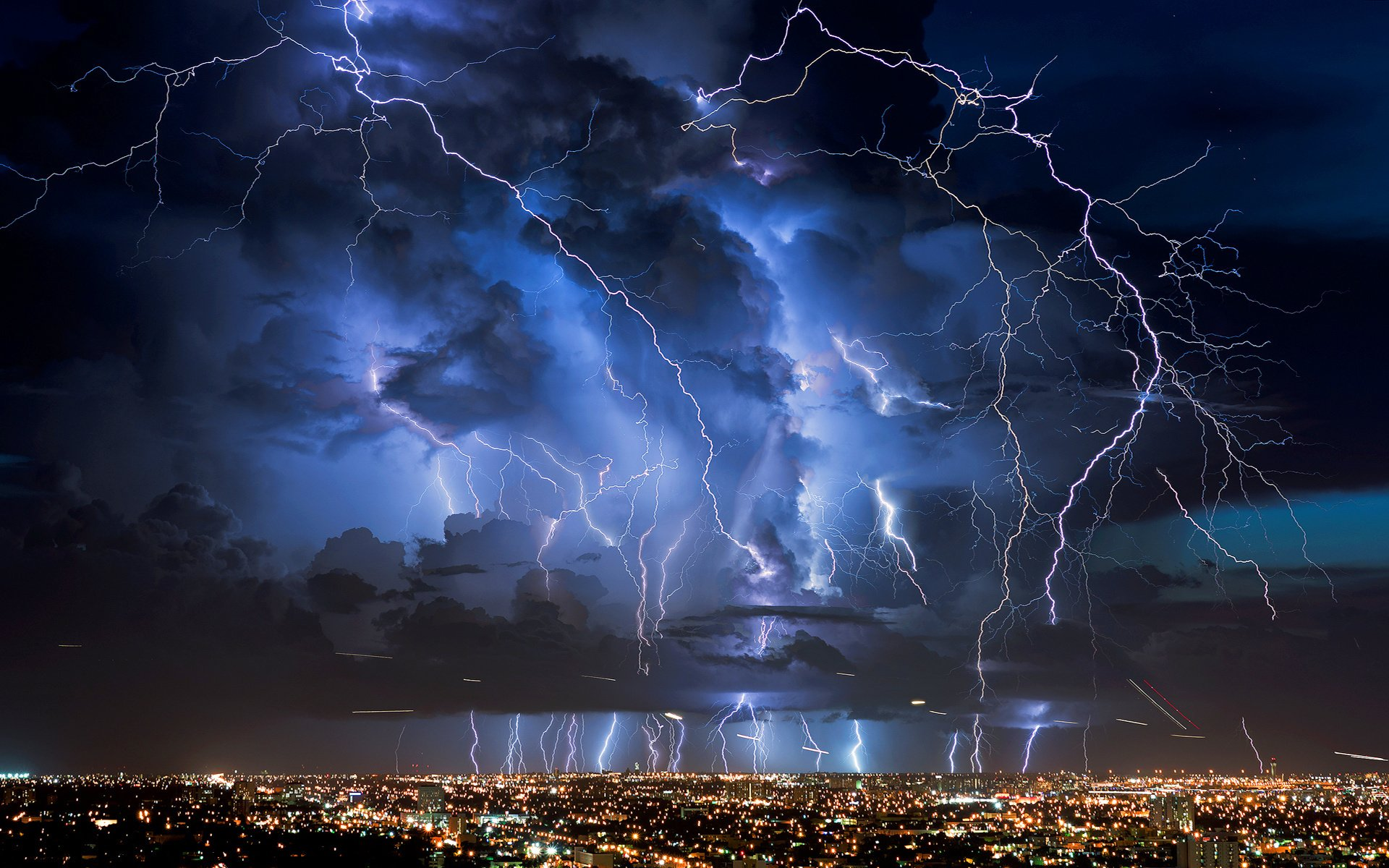 Giant Lightning HD Wallpapers 1920x1200