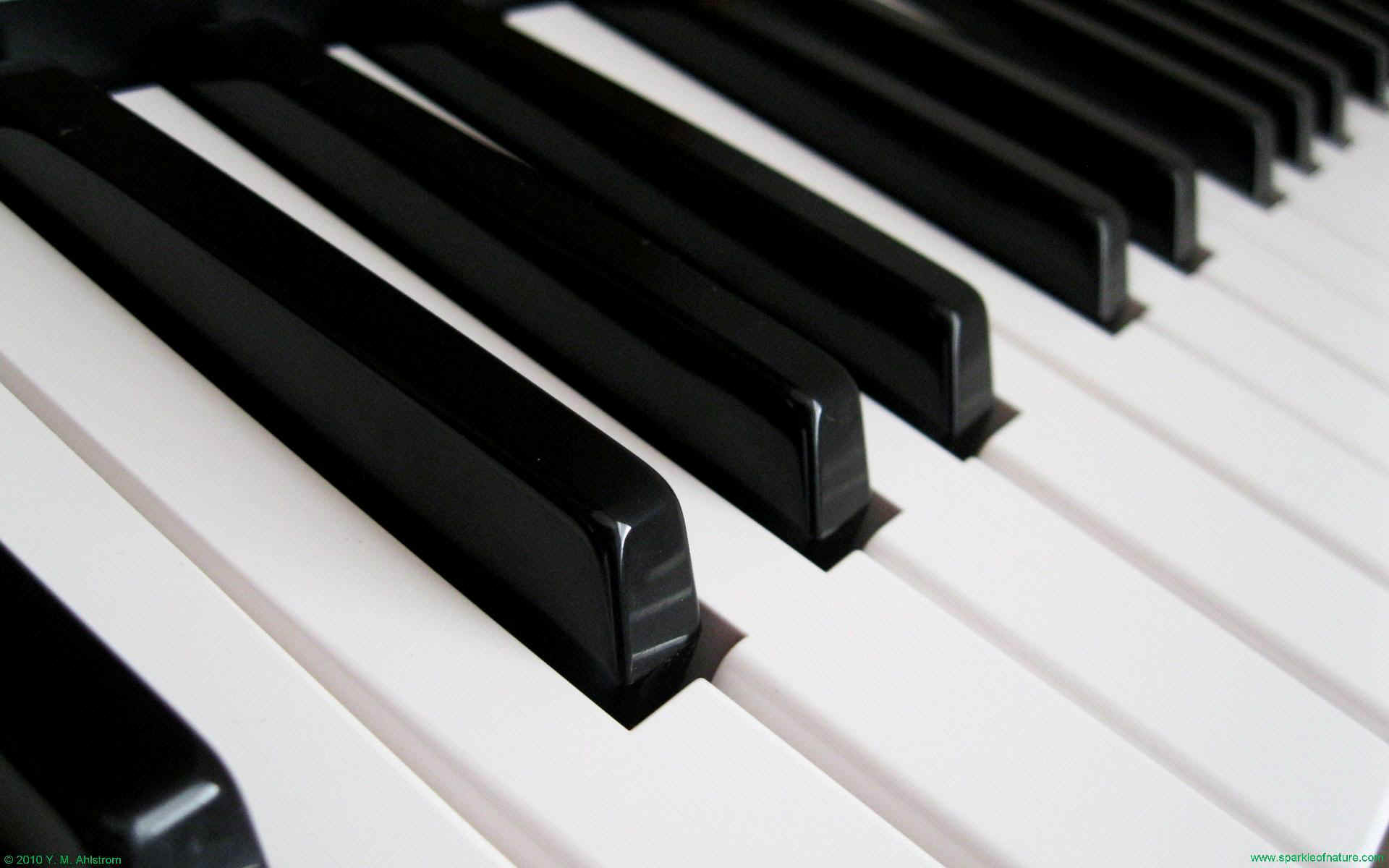 Piano keys wallpaper wallpapersafari - Cool piano backgrounds ...