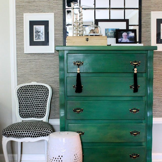 Green Hunting Interiors Kelly Green Green Dressers Chest Of 639x640