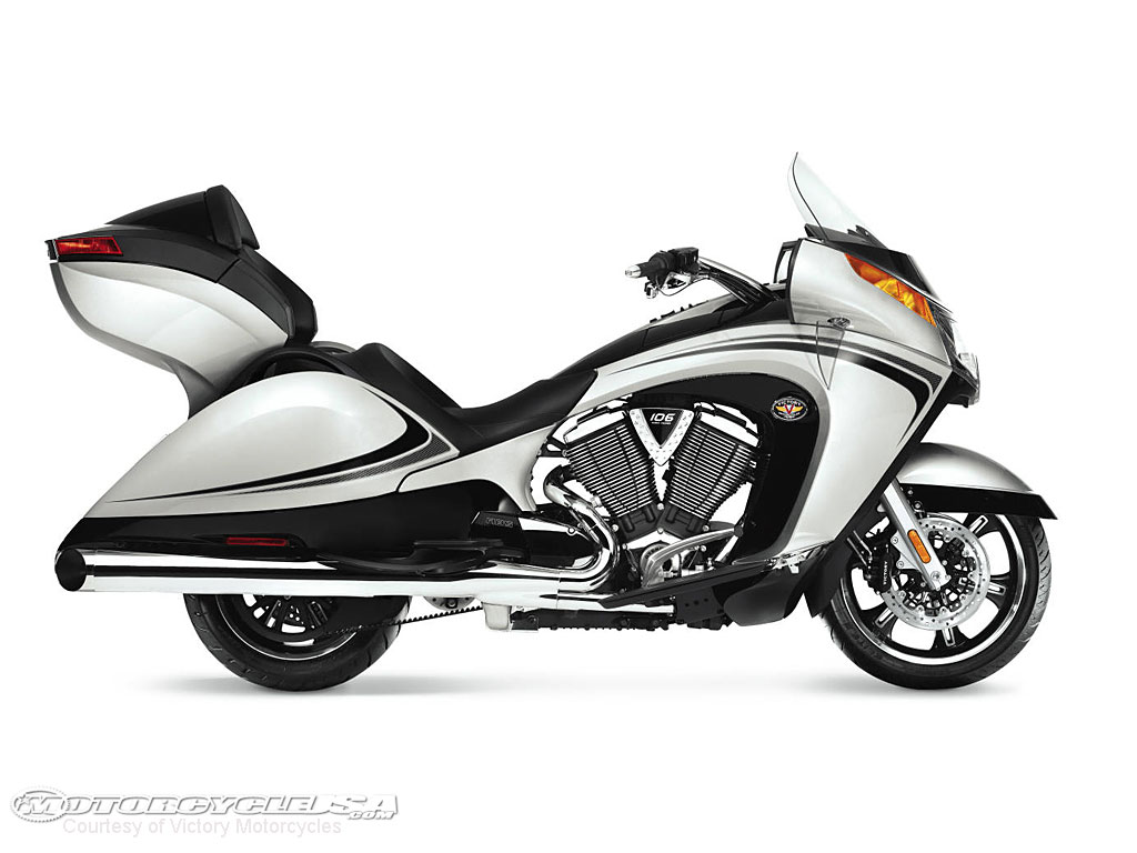 2011 Victory Motorcycles Picture 7 of 31   Motorcycle USA 1024x768