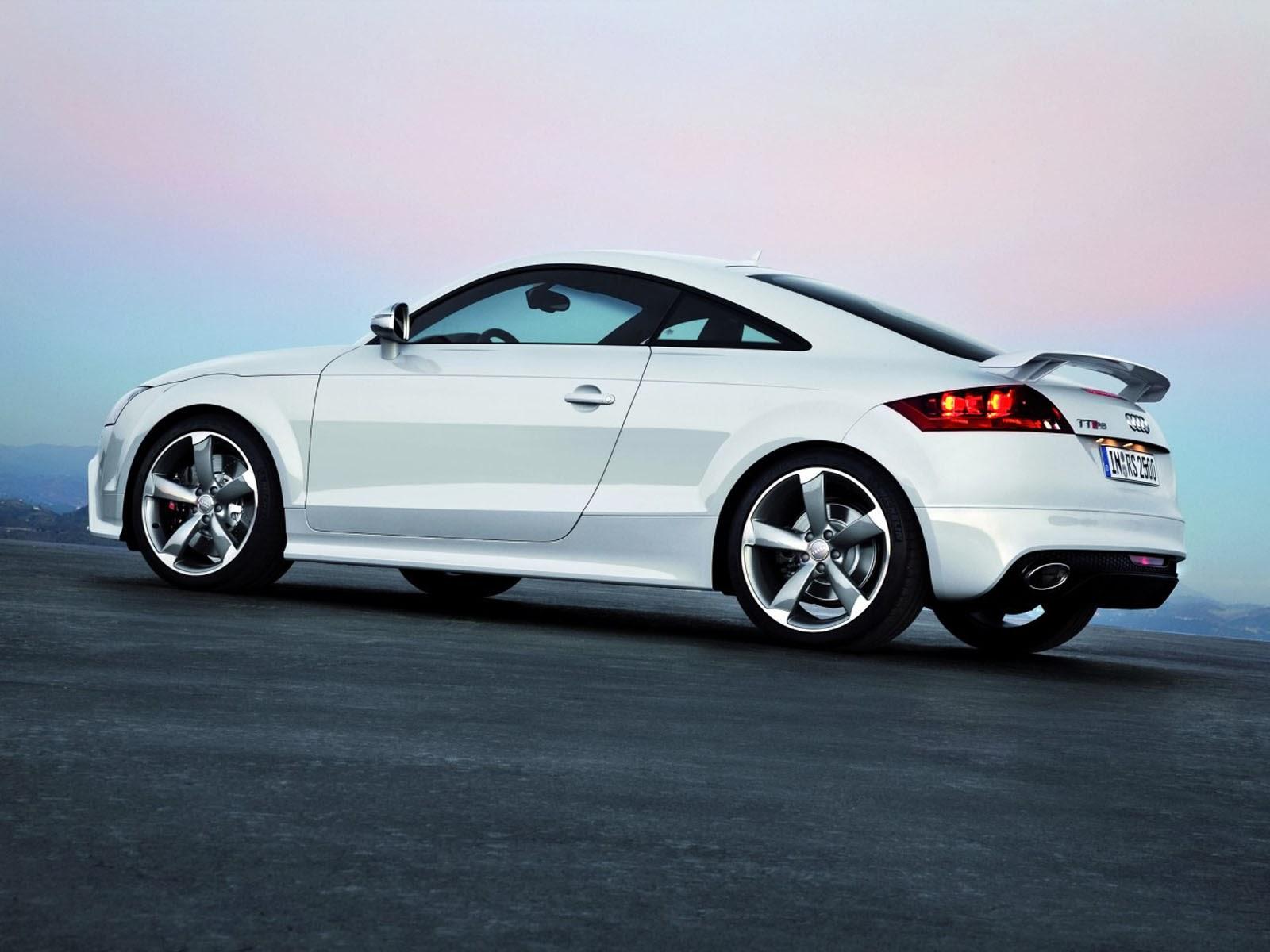 Audi TT RS Wallpapers 1600x1200