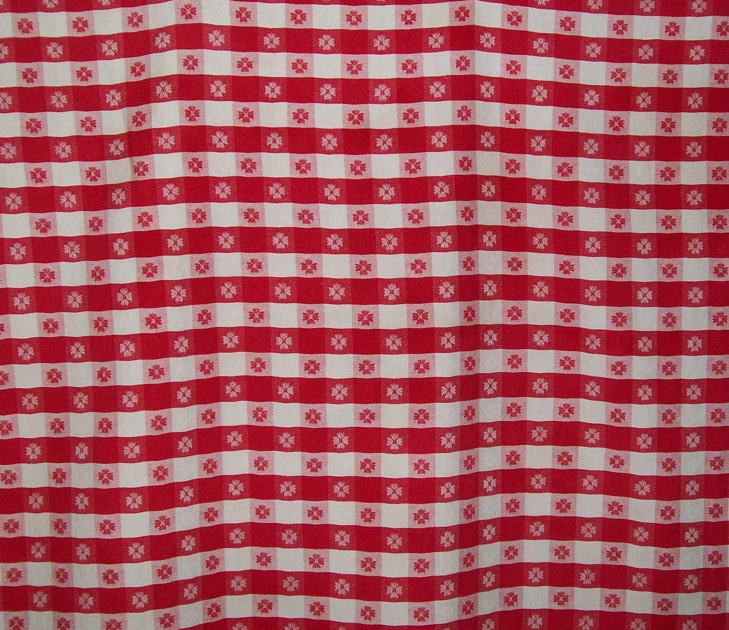 Red and White Plaid Wallpaper - WallpaperSafari