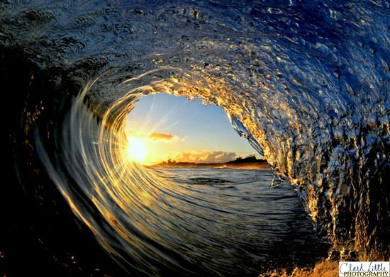 The Most Beautiful Waves Ever Inspirational Quotes Wallpaper 550x391