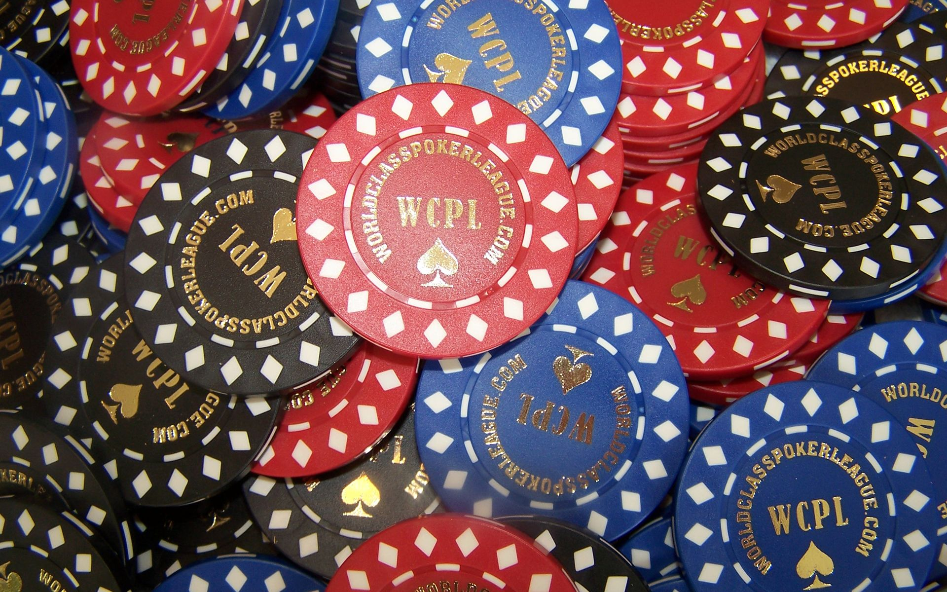 Poker Chips Wallpaper Pictures 1920x1200