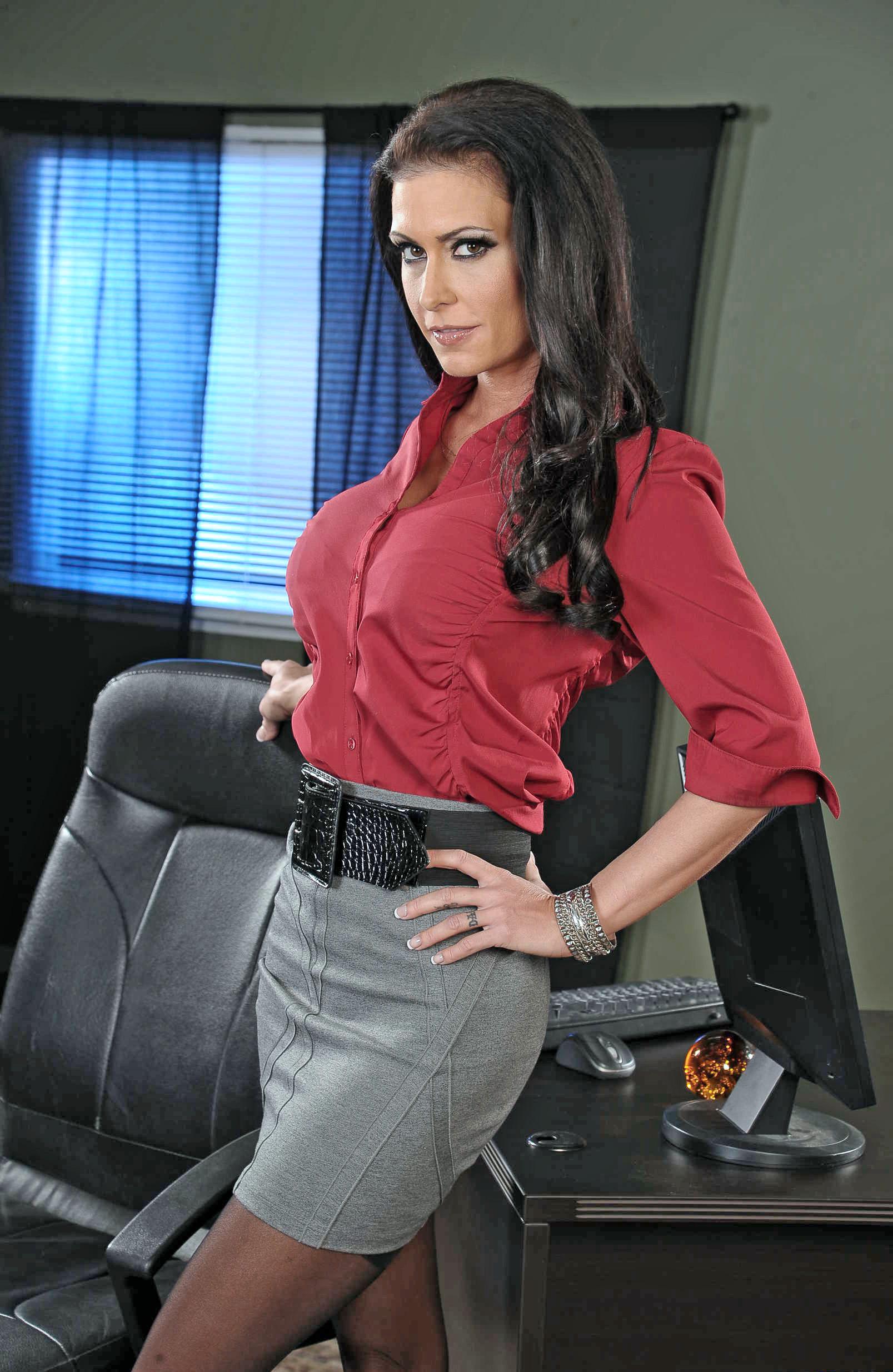 Boss amp a secretary mom 10