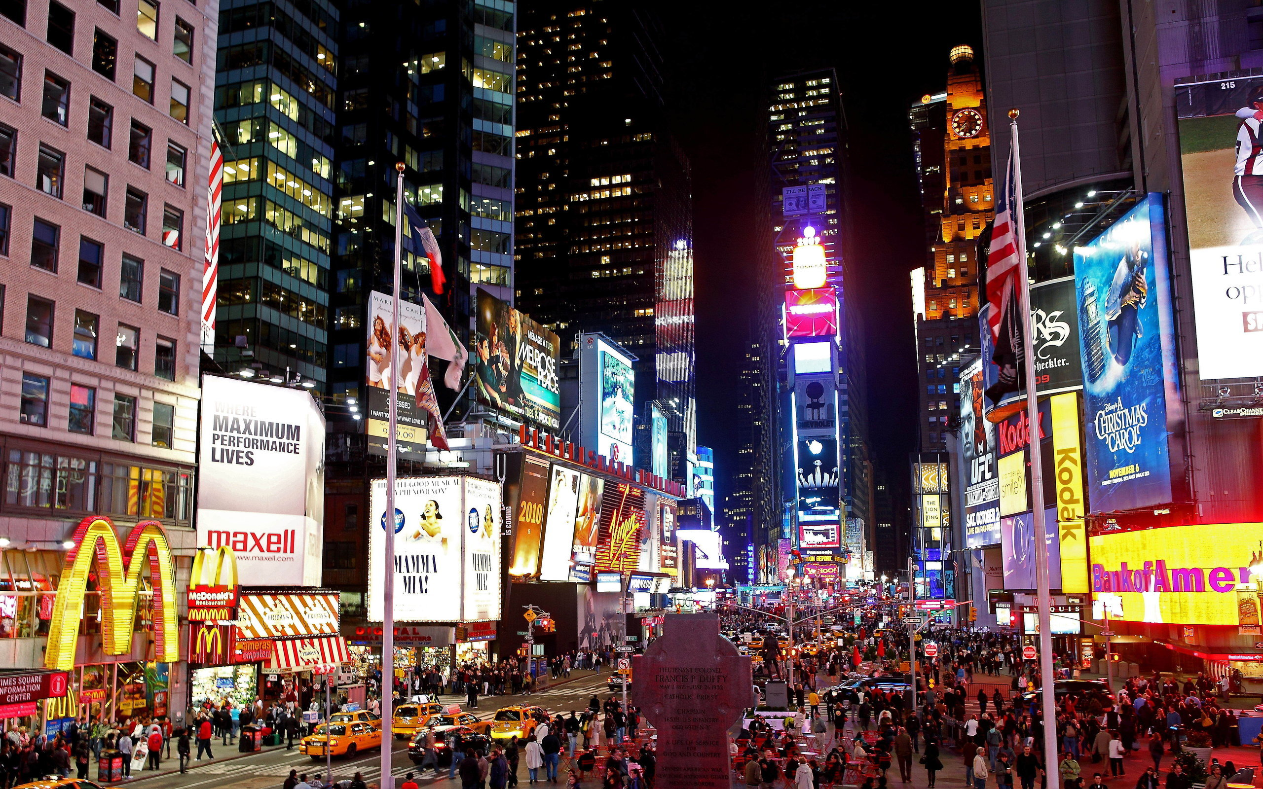Times Square New York at night Widescreen and Full HD Wallpapers 2560x1600