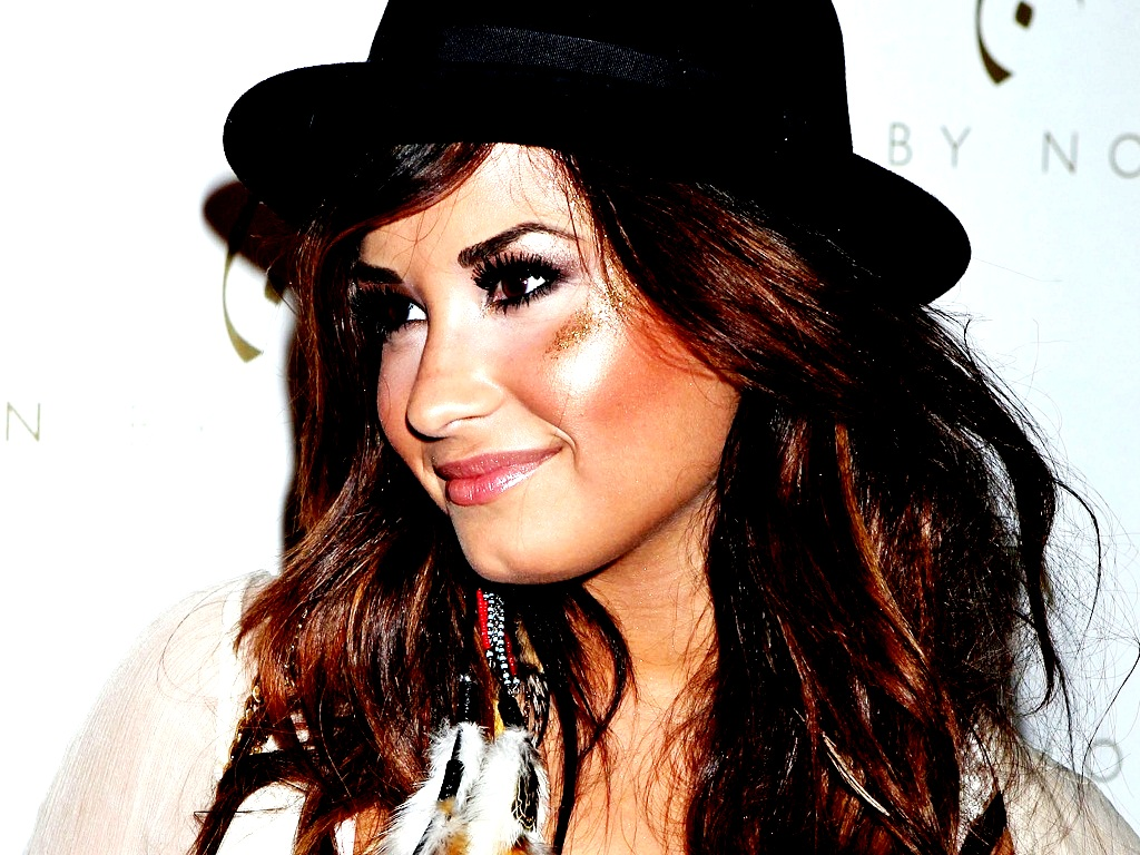 Demi Wallpaper   Demi Lovato Wallpaper 23915651 1024x768