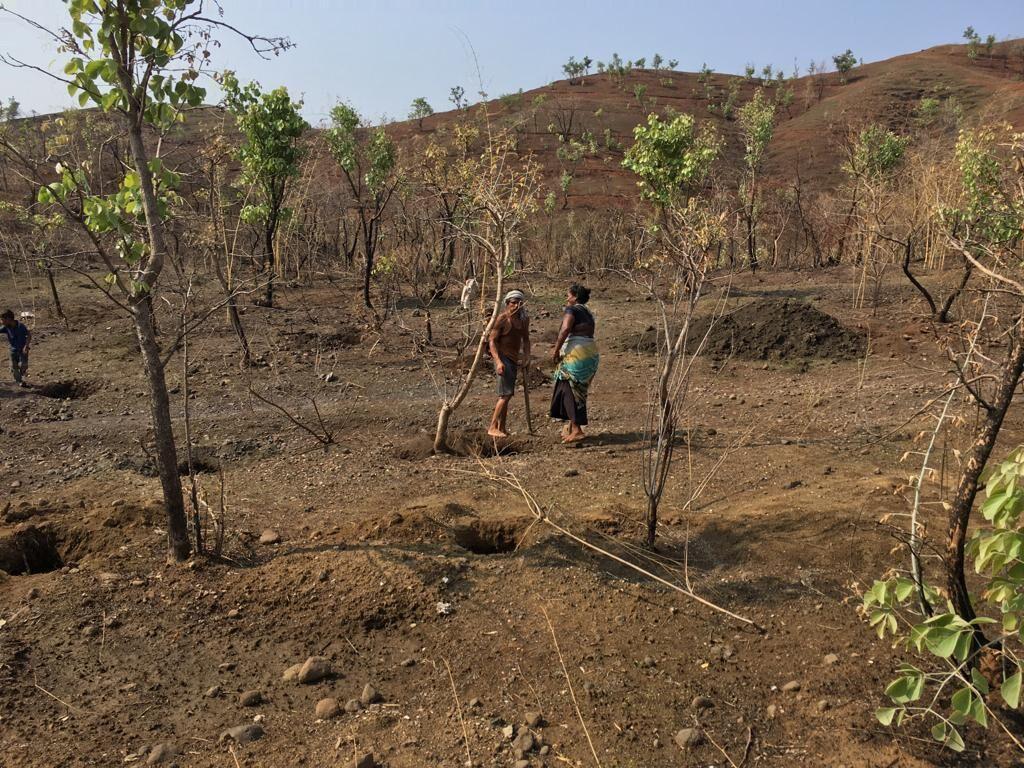 Pit Digging Part 1   Association for Indias Development 1024x768