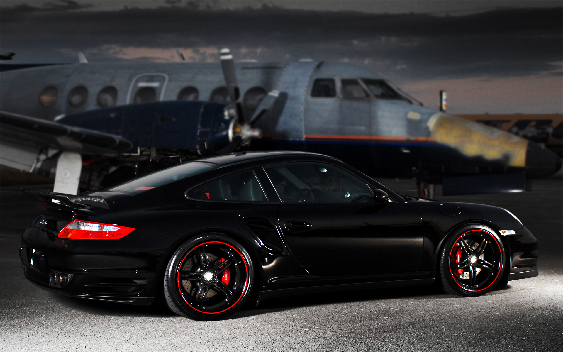 Download Porsche 911 Turbo Black Super Cars HD Wallpapers 1920x1200