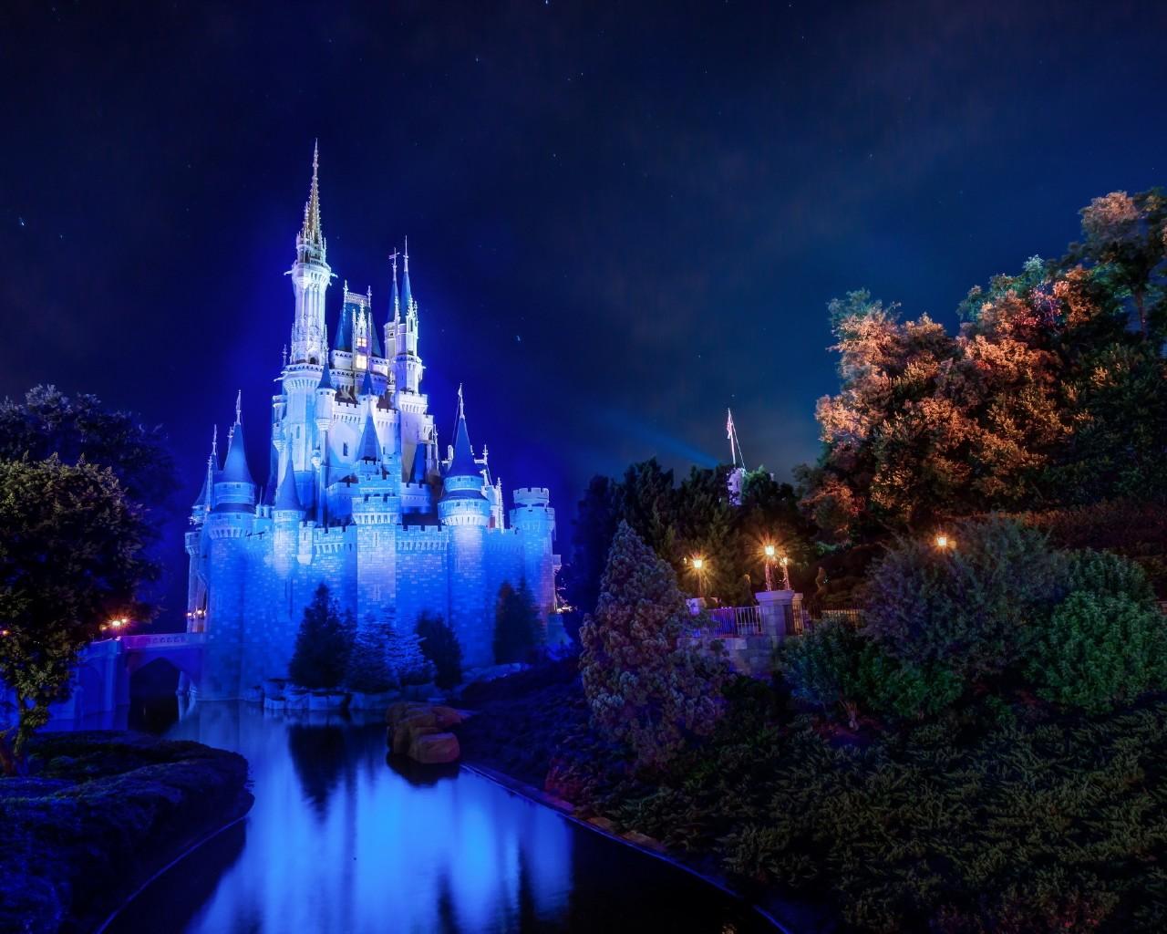 Magic Kingdom Cinderella Castle Wallpaper 114636 1280x1024