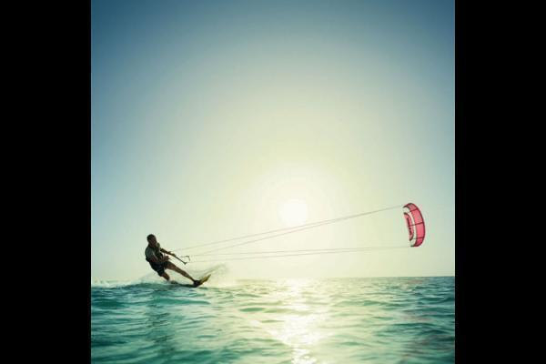 kiteboarding wallpaper Kitesurfing Wallpaper 600x400