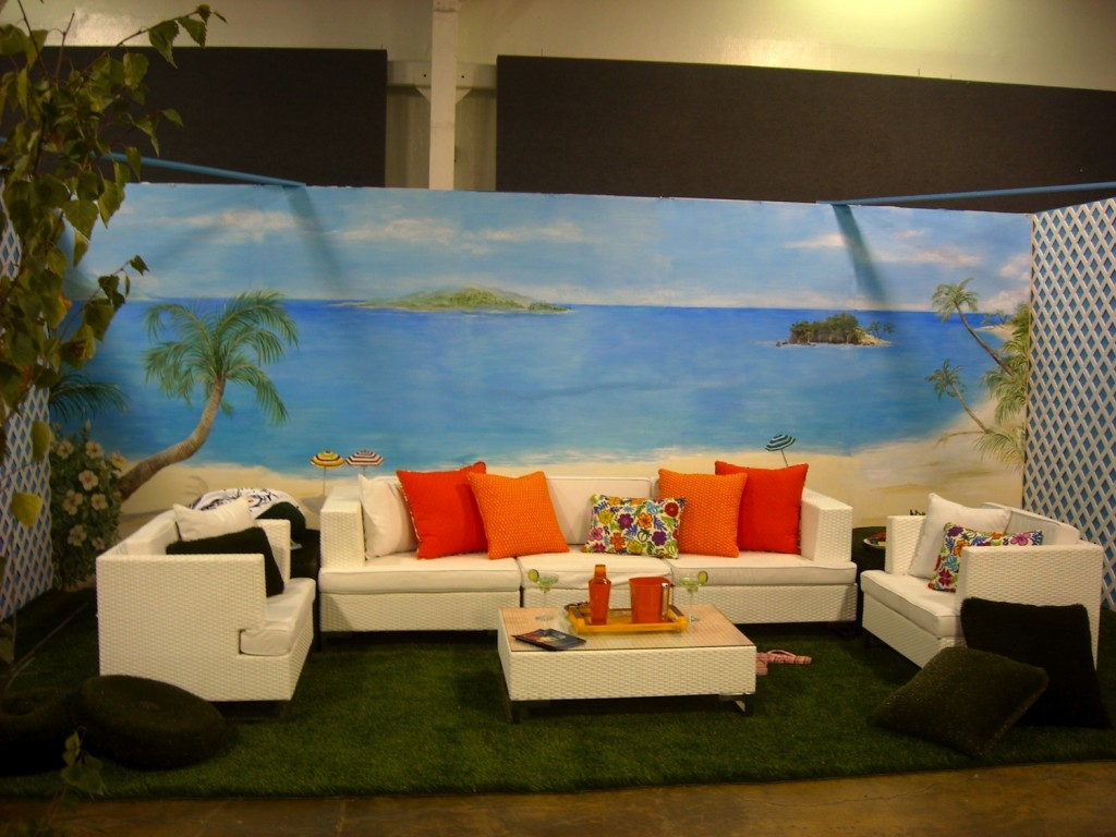 Hand Painted Beach Mural on Stick and Peel Fabric 1024x768