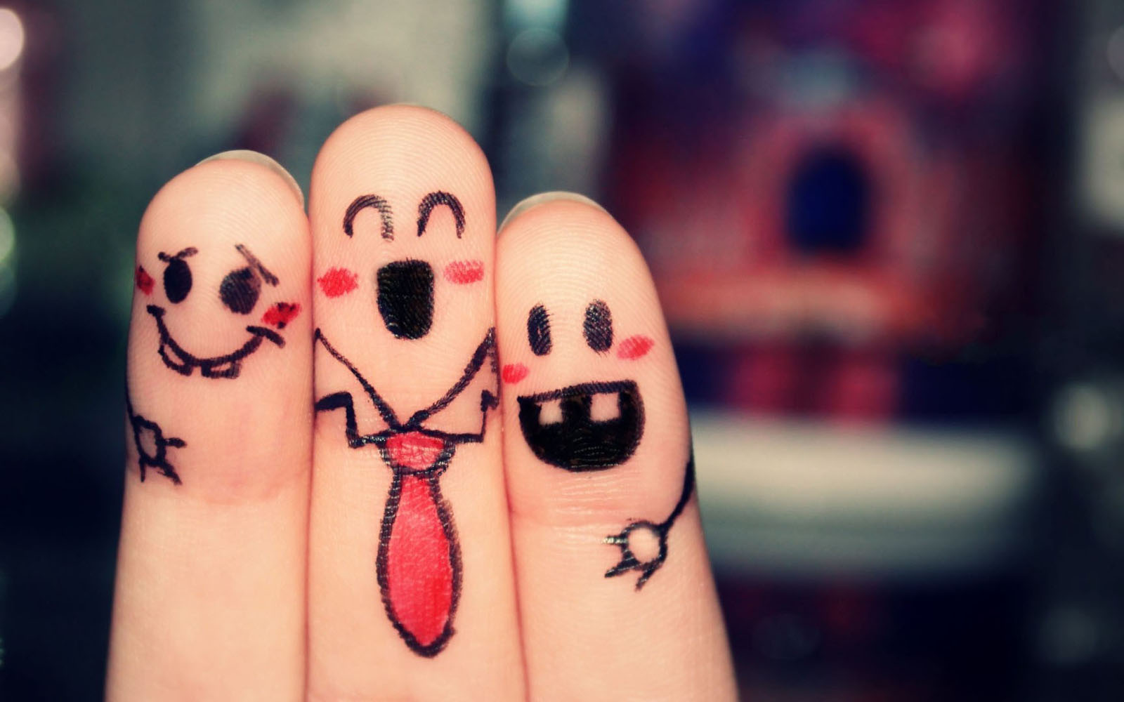 Funny Finger Faces Wallpapers 1600x1000