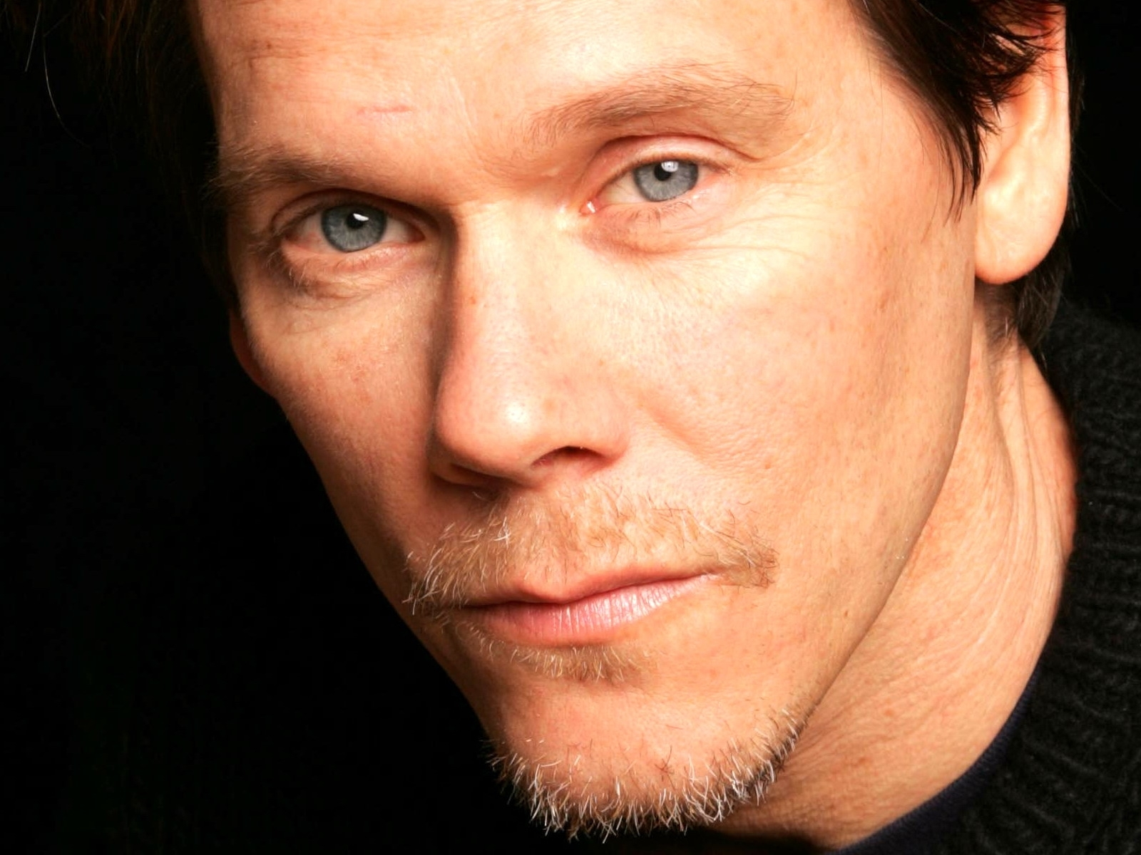 Kevin Bacon wallpaper 1600x1200 63434 1600x1200