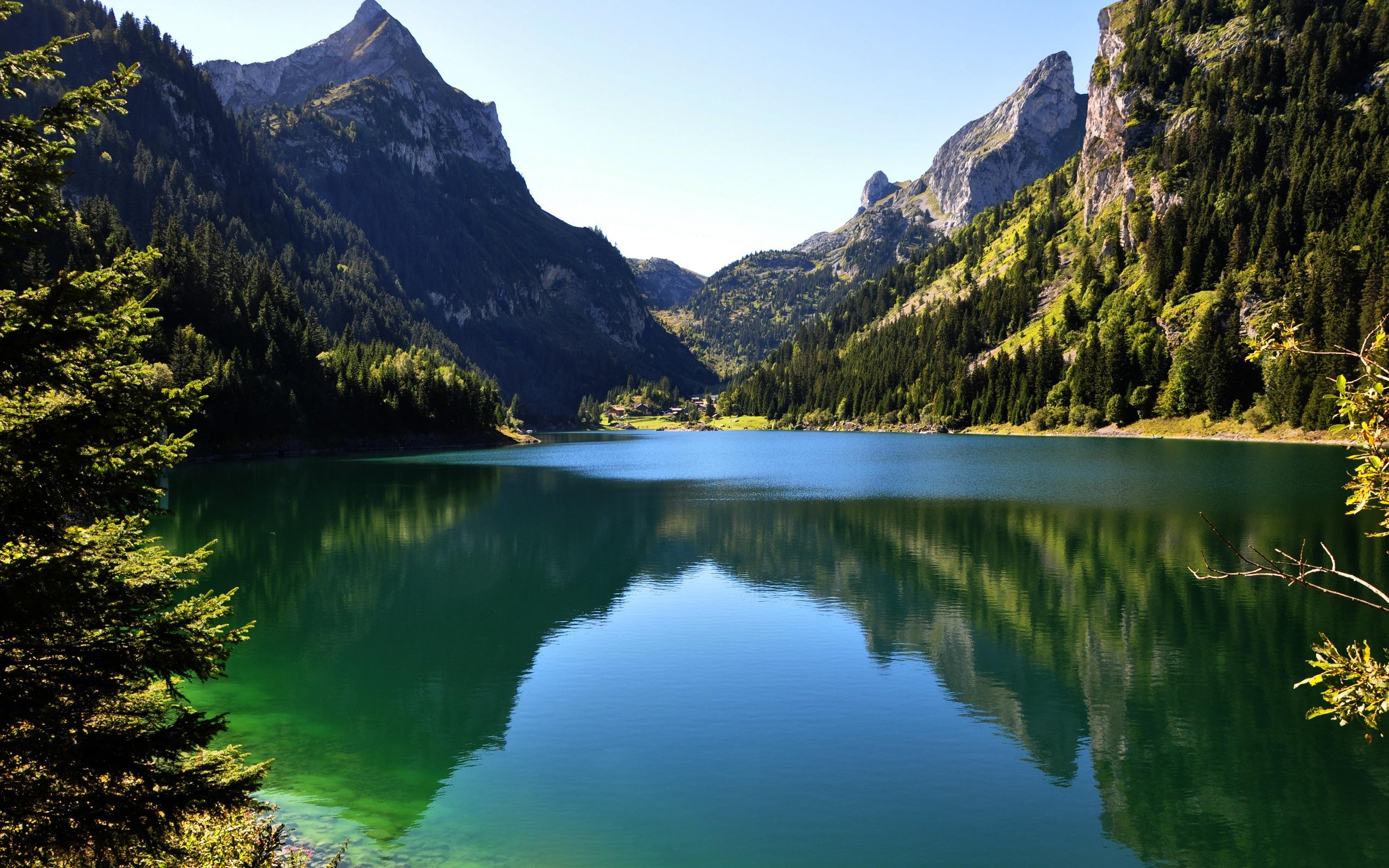 Beautiful Green Mountain Wallpapers   2560x1600   1531720 2560x1600