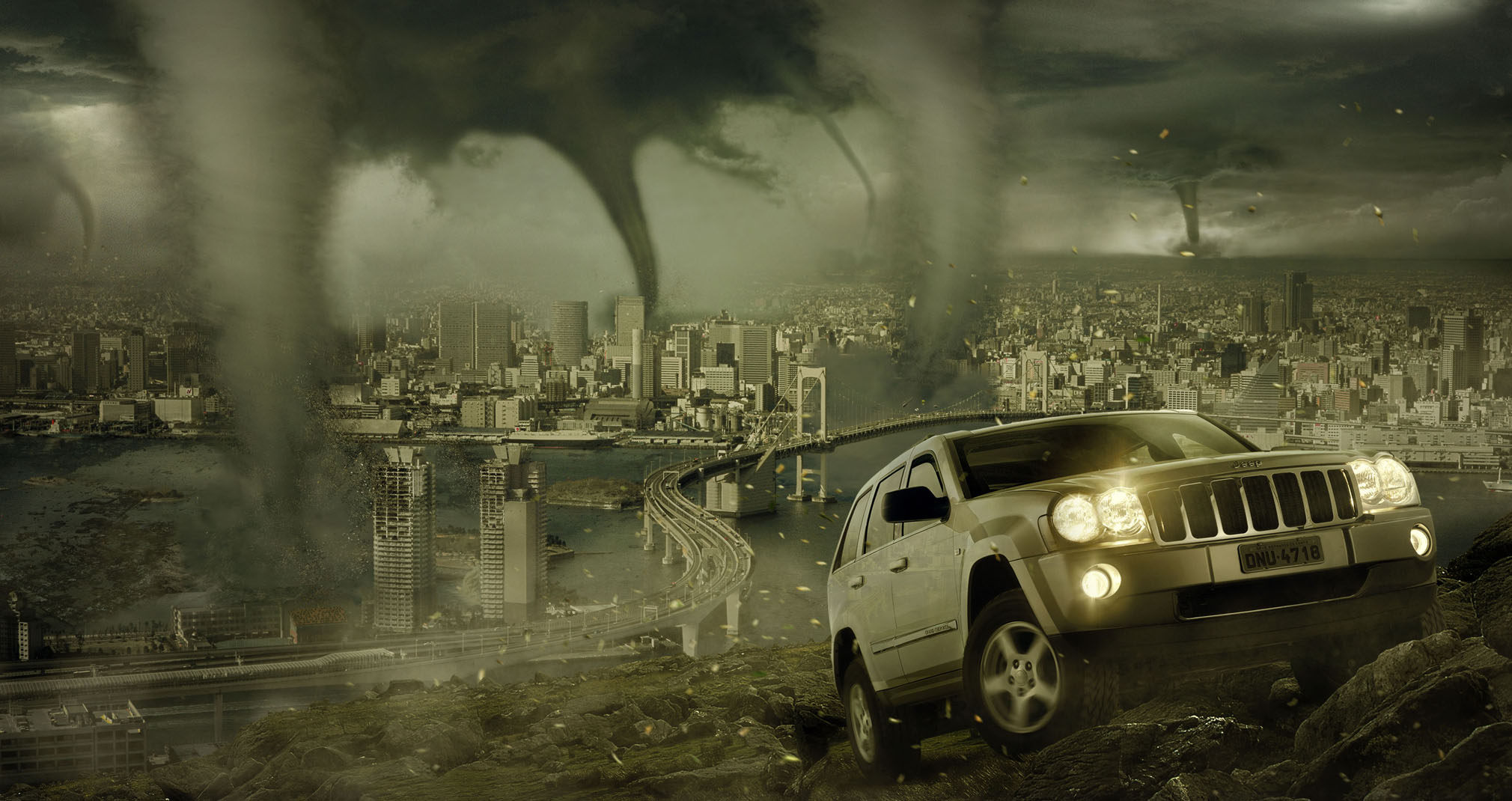 Tornado City HD Wallpaper   2020x1070 2020x1070