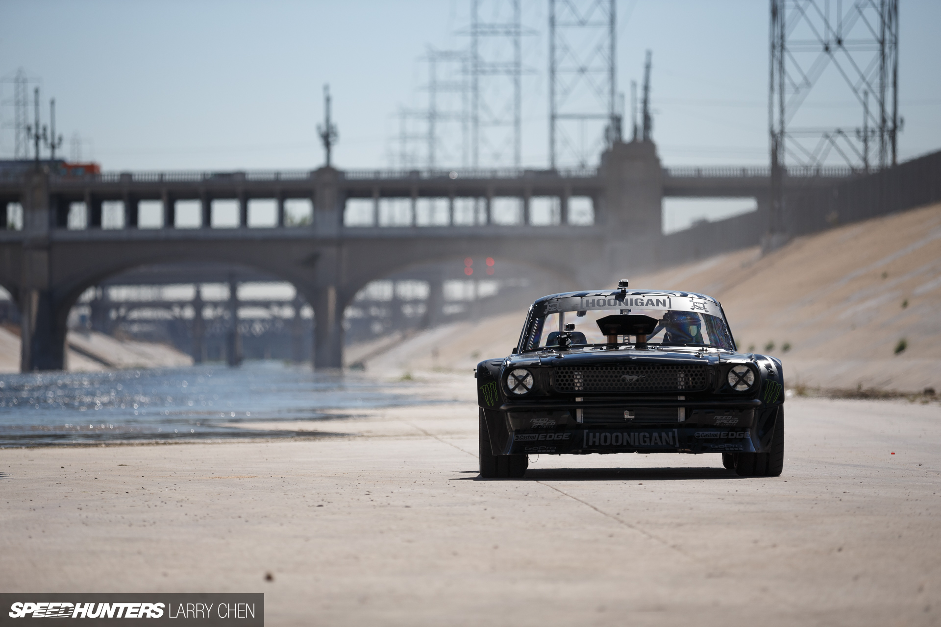 also have to check out this feature on Speedhunters on the Hoonicorn 1920x1280