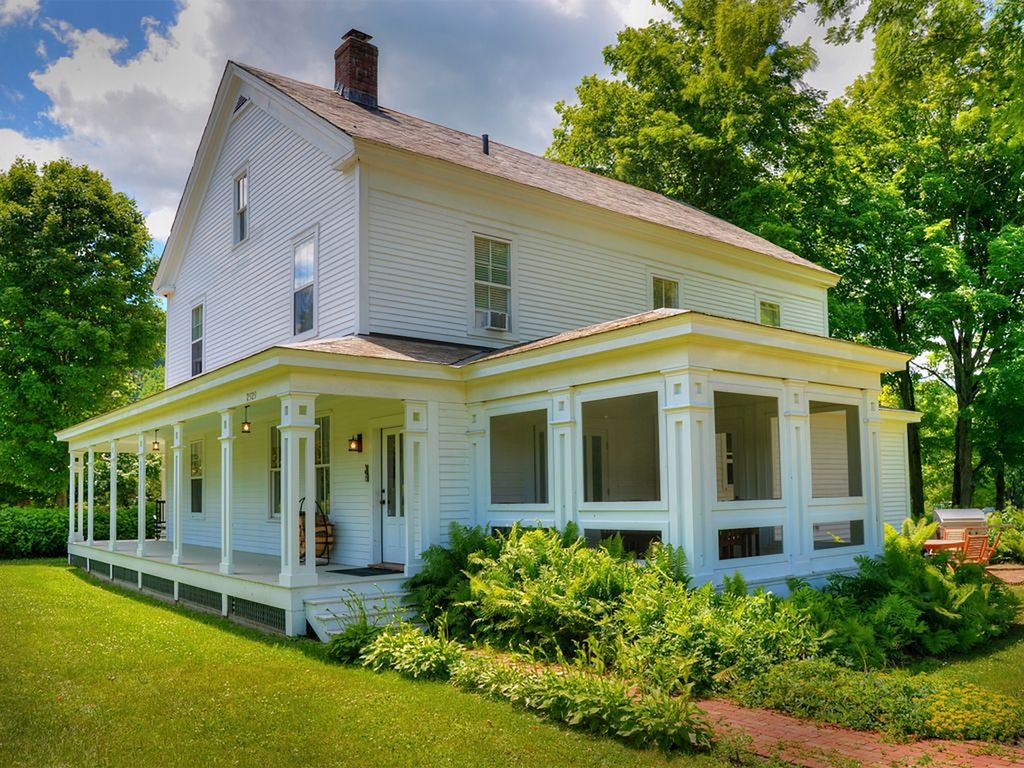 Beautifully Restored 1803 Vermont Farmhouse   Rupert 1024x768