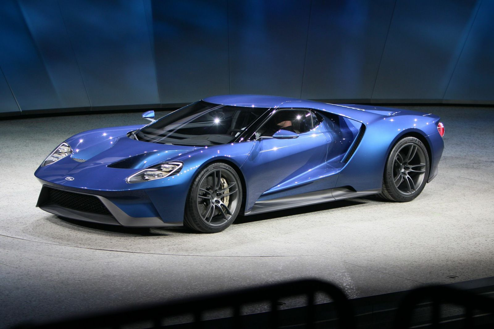 Ford Unveils 600 HP Twin Turbo EcoBoost V6 GT Supercar at Detroit 1600x1067