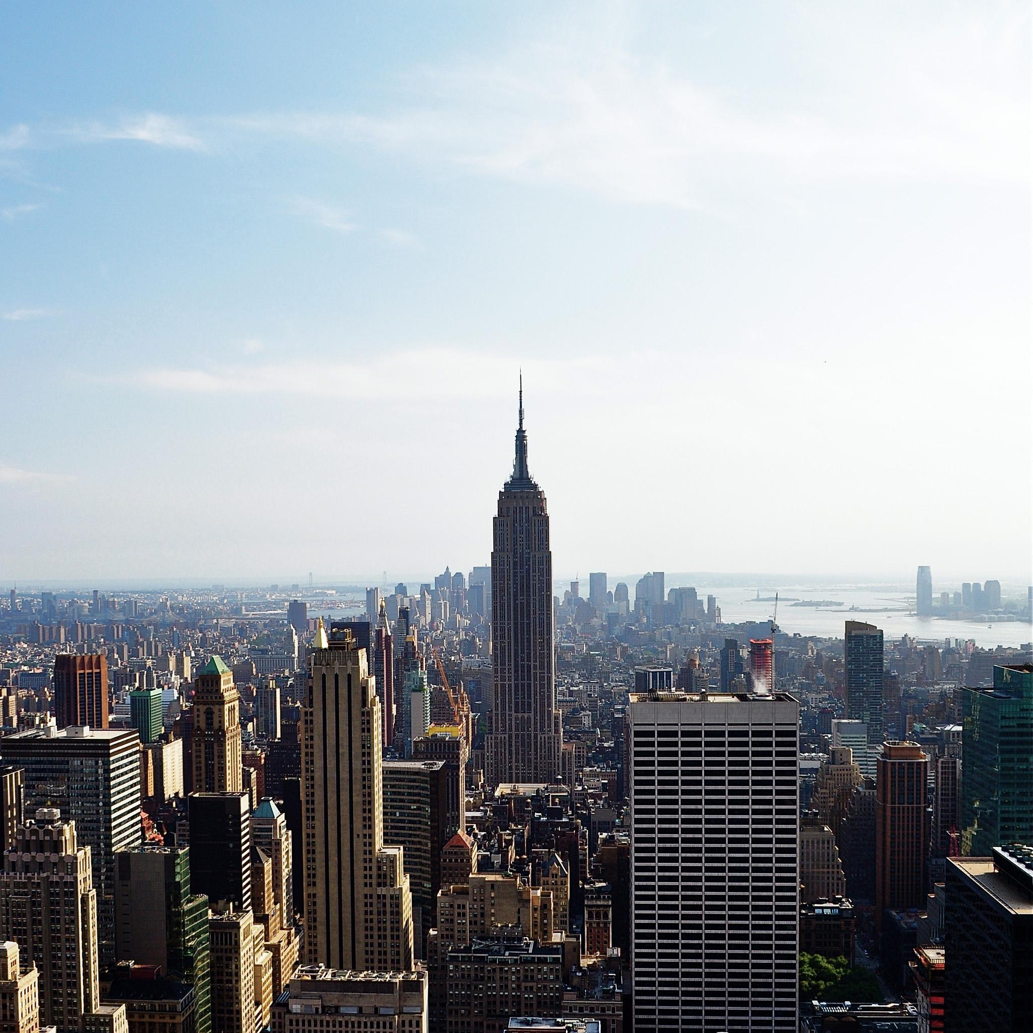 Empire State Building iPad Wallpaper 2048x2048