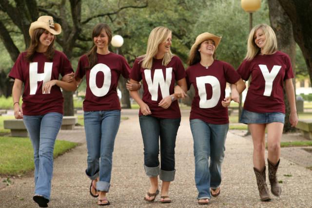 426 640 Howdy 206455838 Texas AM Athletics 640x426
