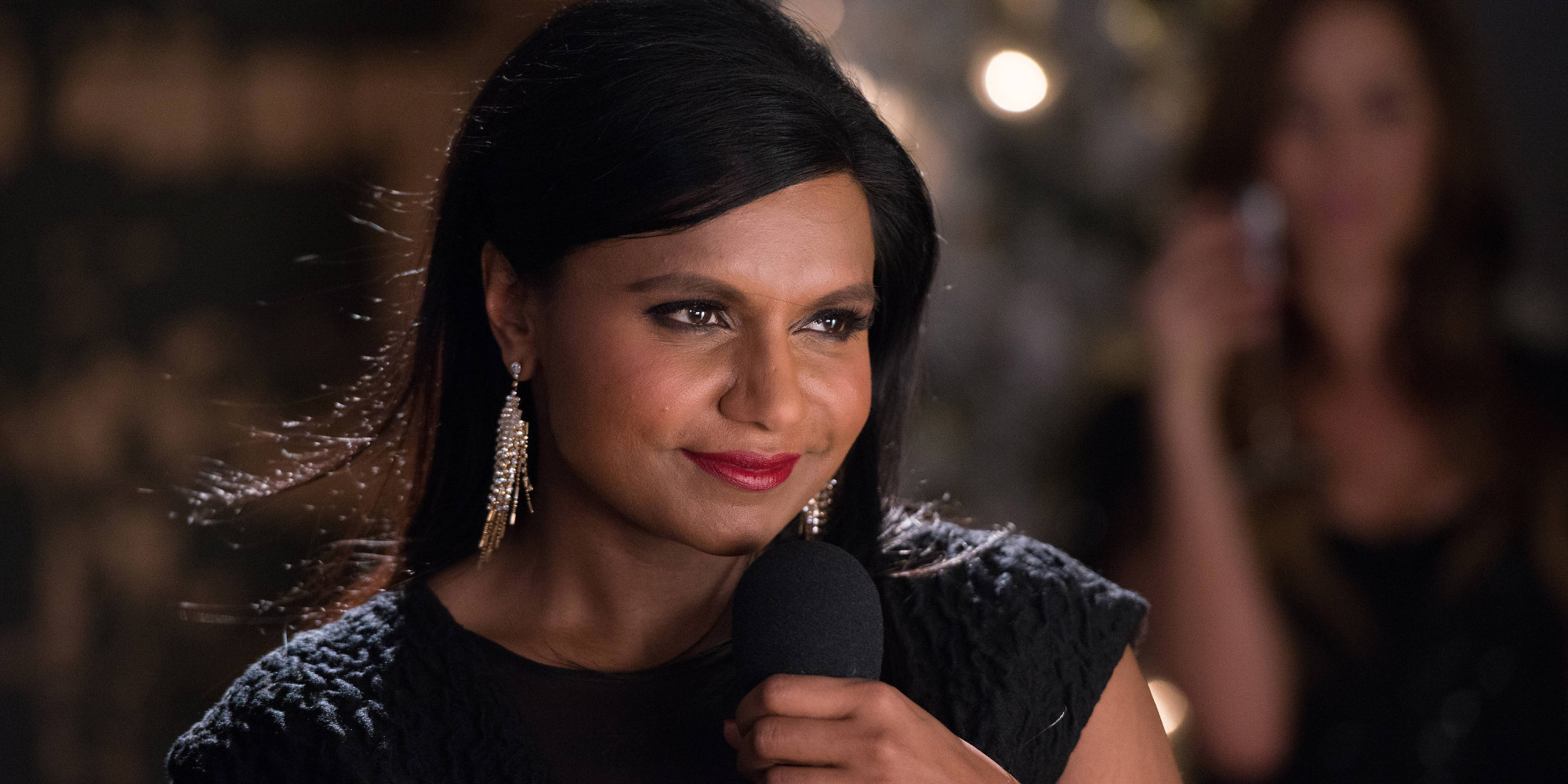 Mindy Kaling Wallpapers Images Photos Pictures Backgrounds 2000x1000