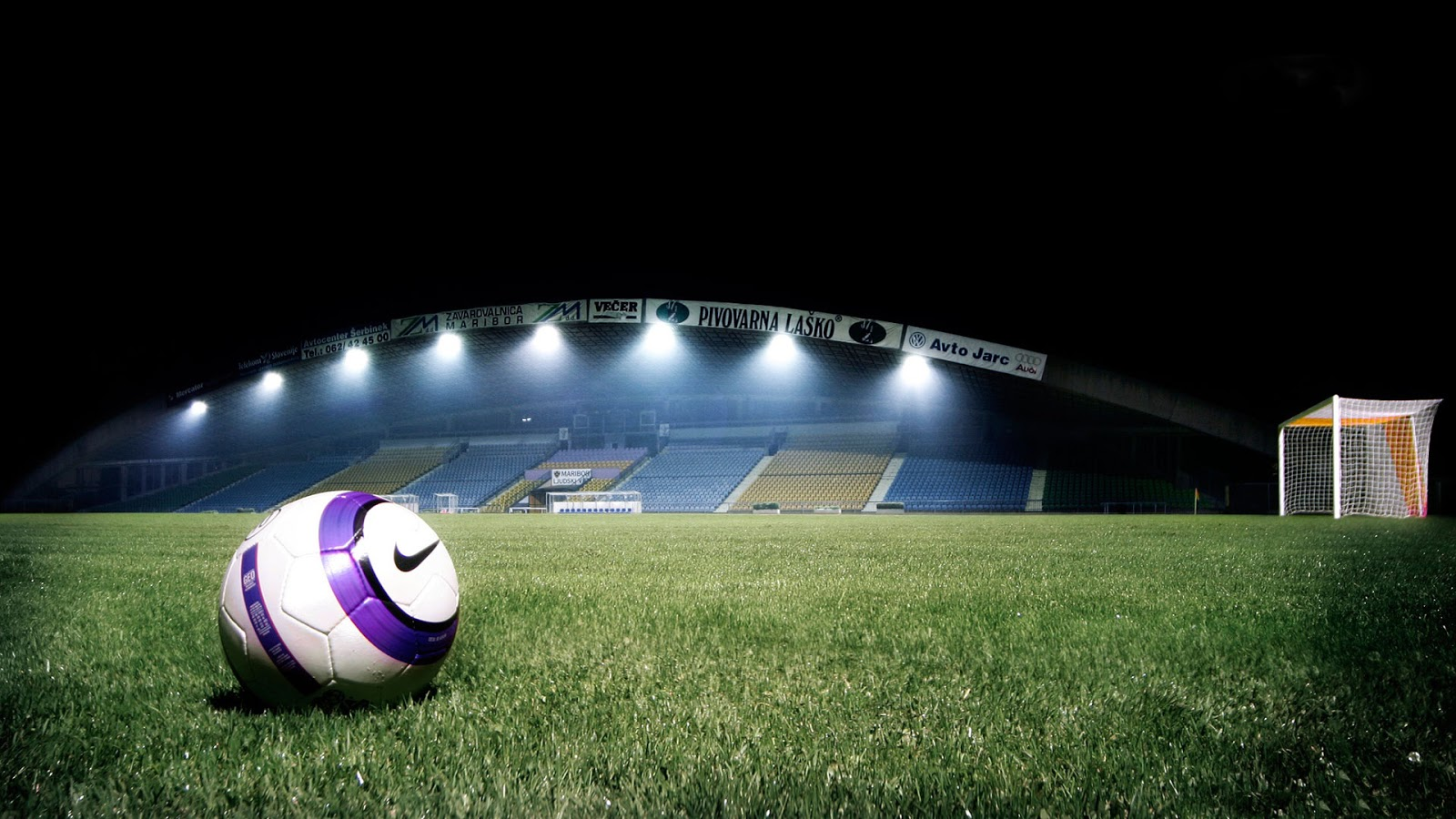 Football Stadium 1600x900
