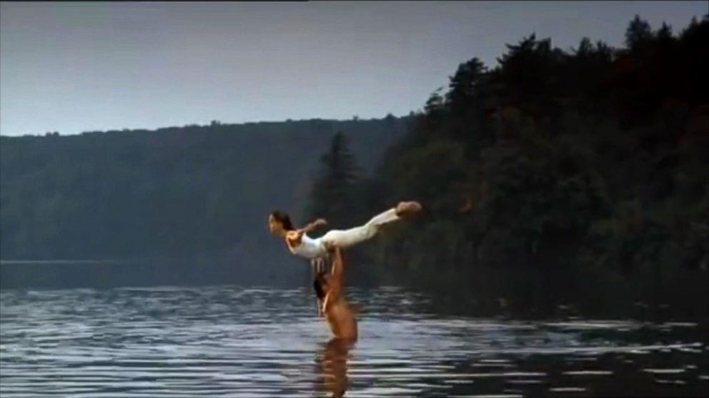 Jennifer Grey Reflects on Her Famous Dirty Dancing Lift   ABC News 992x558