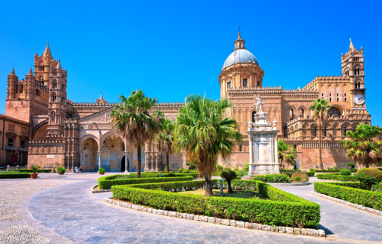 Wallpaper the sky the sun design palm trees Italy Cathedral 1332x850