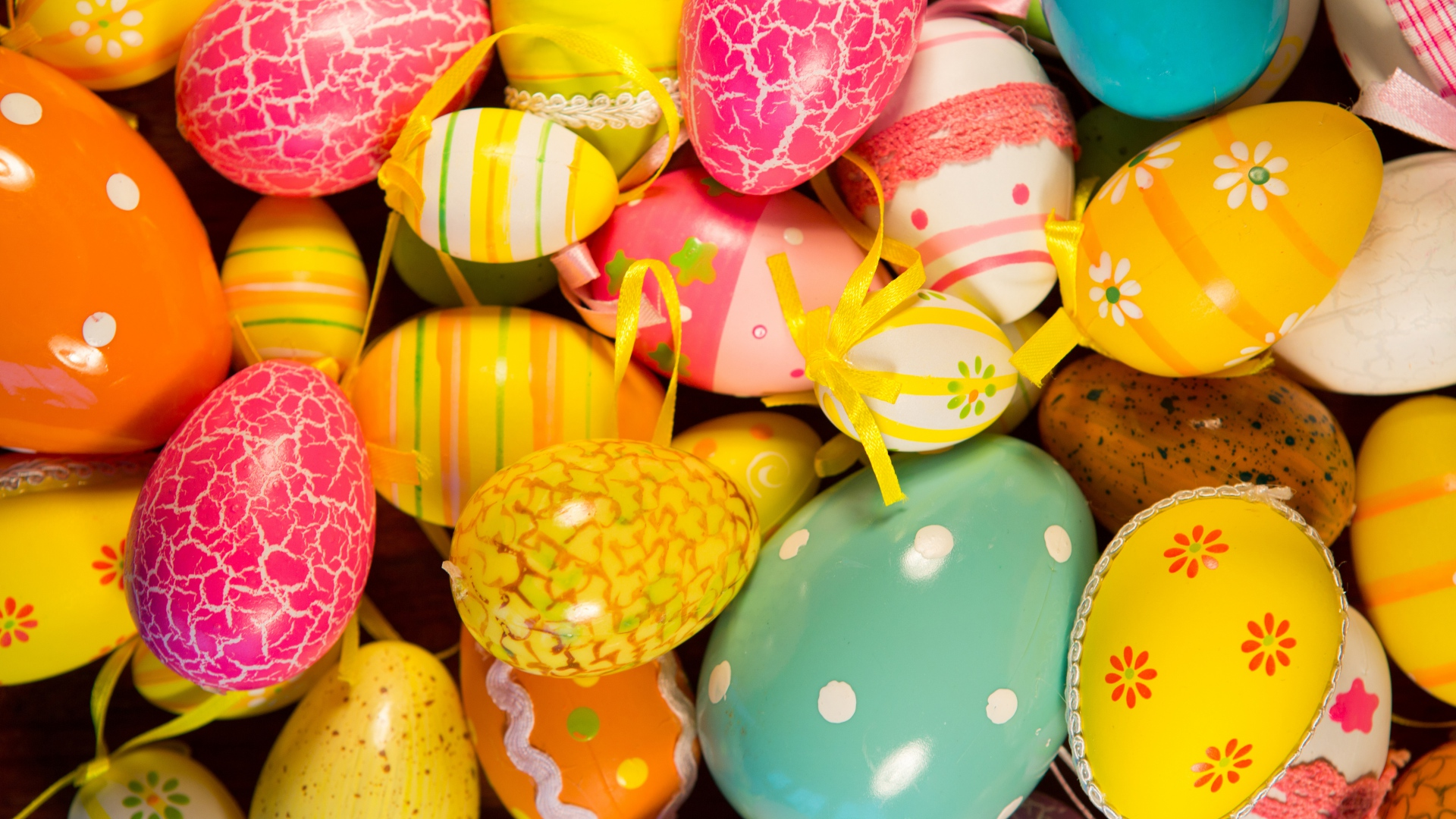 Happy Easter 2017 Eggs HD Wallpapers 9To5AnimationsCom 1920x1080
