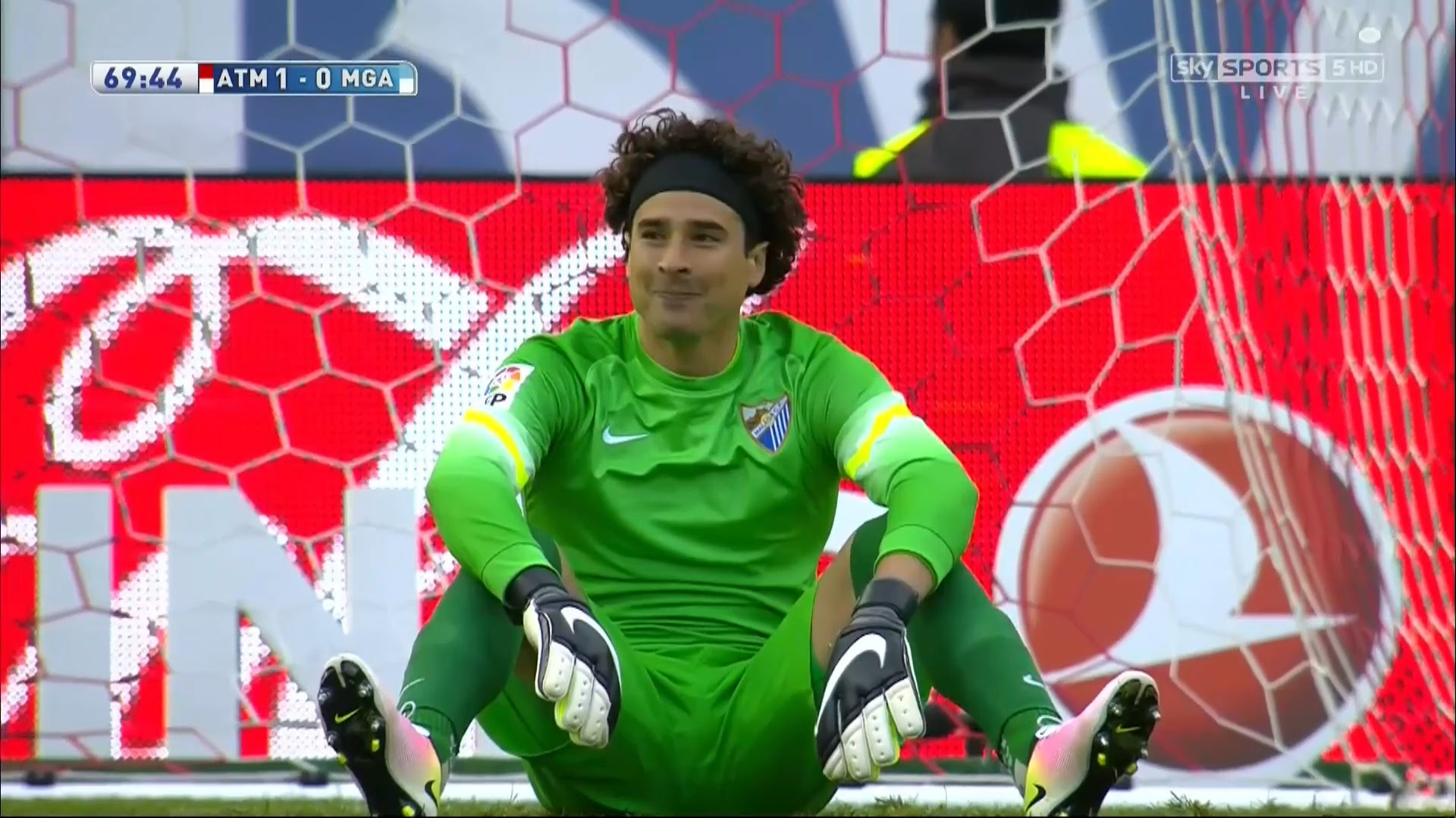 44fc73007 Guillermo Ochoa Vs Atletico Madrid Away 2015 16 HD 720p 1920x1080