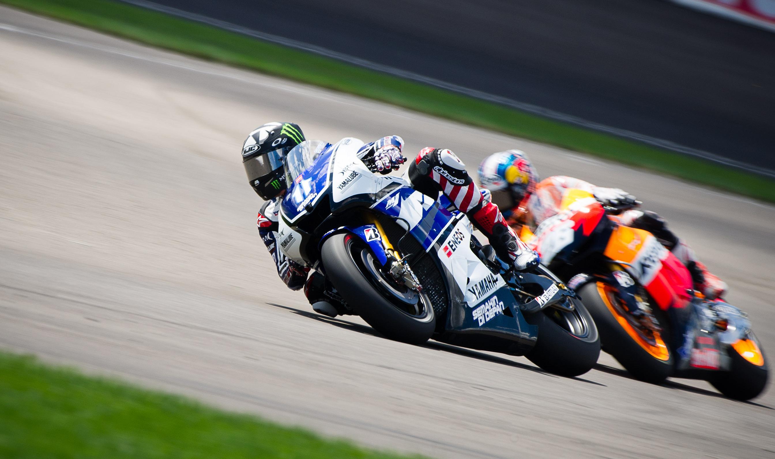 Motorcycle Yamaha MotoGP race racing wallpaper 2688x1591 112894 2688x1591