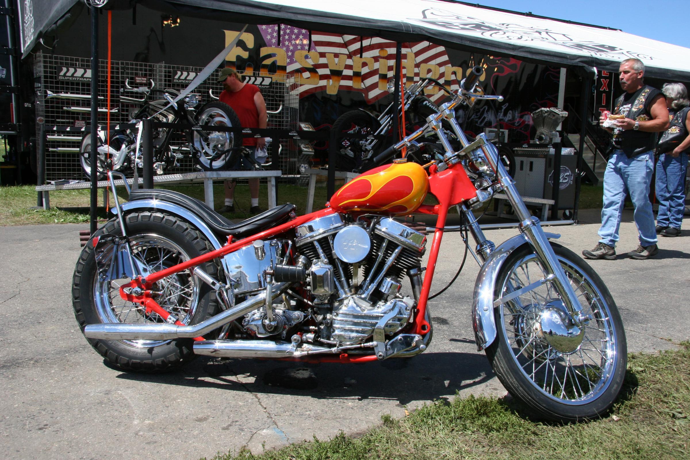 Chopper Custom Moto Wallpaper 2400x1600