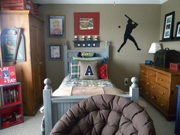 40 Teenage Boys Room Designs We Love 600x450