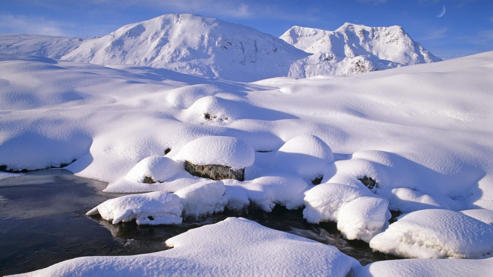 25 Snow Wallpapers Backgrounds Images Pictures 1600x900