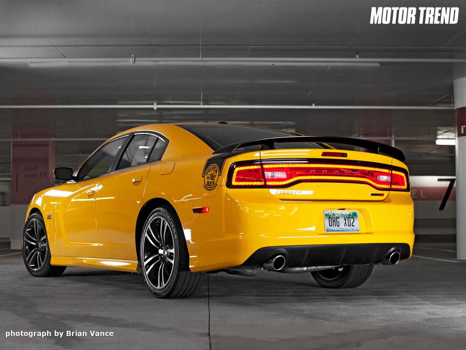 Dodge Charger SRT8 Super Bee – Dodge Charger SRT8 Super Bee HTML