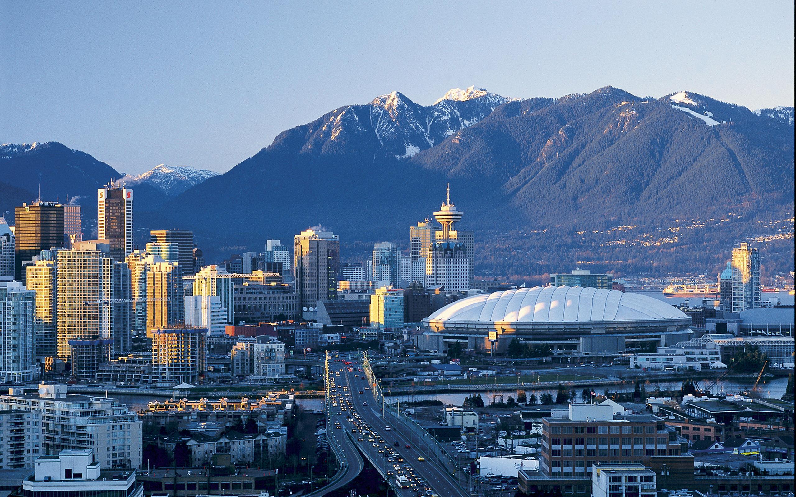 Vancouver Wallpaper 10   2560 X 1600 stmednet 2560x1600