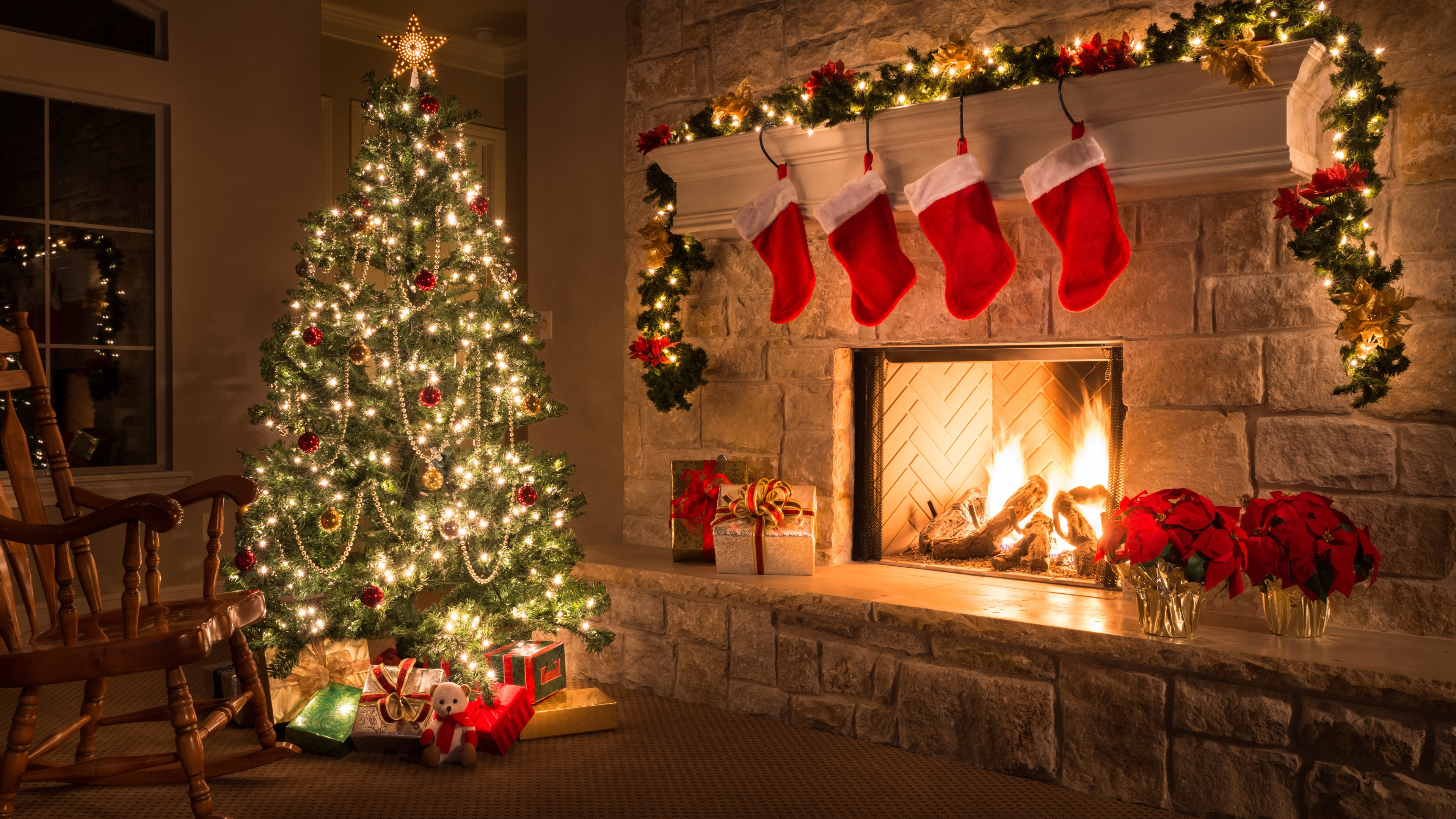44 Christmas Home Wallpapers On Wallpapersafari