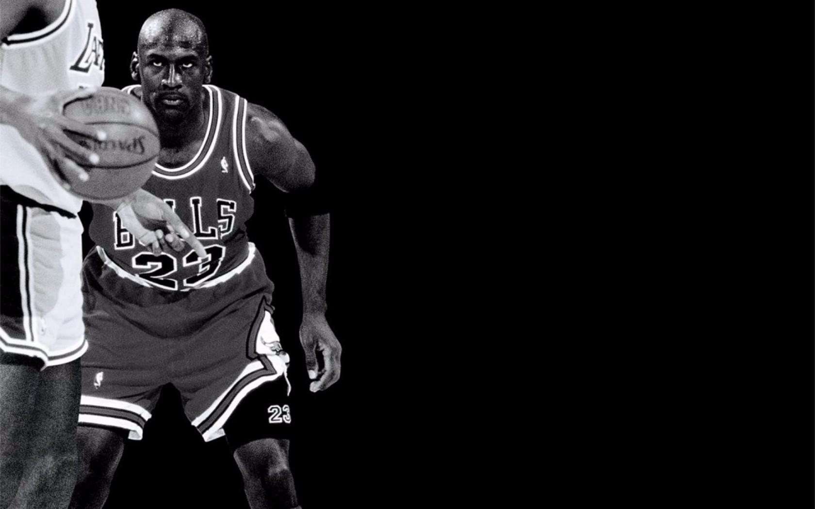 Black and White Michael Jordan 4K Wallpaper 4K Wallpaper 1680x1050