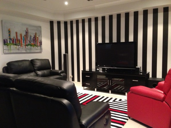 Black and white striped wallpaper Brisbanejpg 600x450