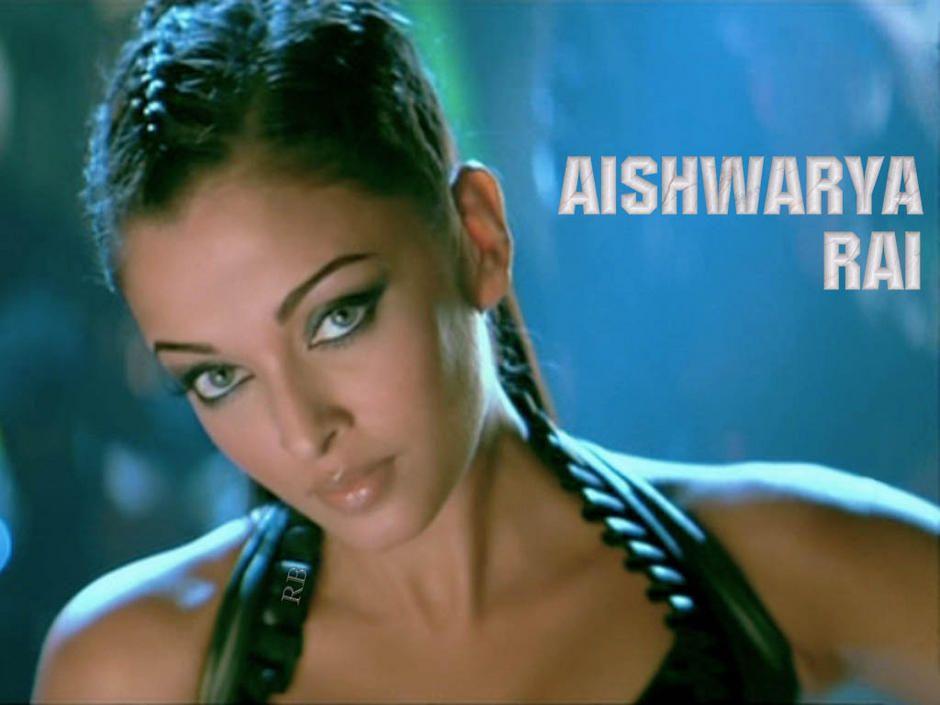 Aishwarya Rai Hot Look Wallpaper In Dhoom 2 Asian Beautiful Lady 940x705