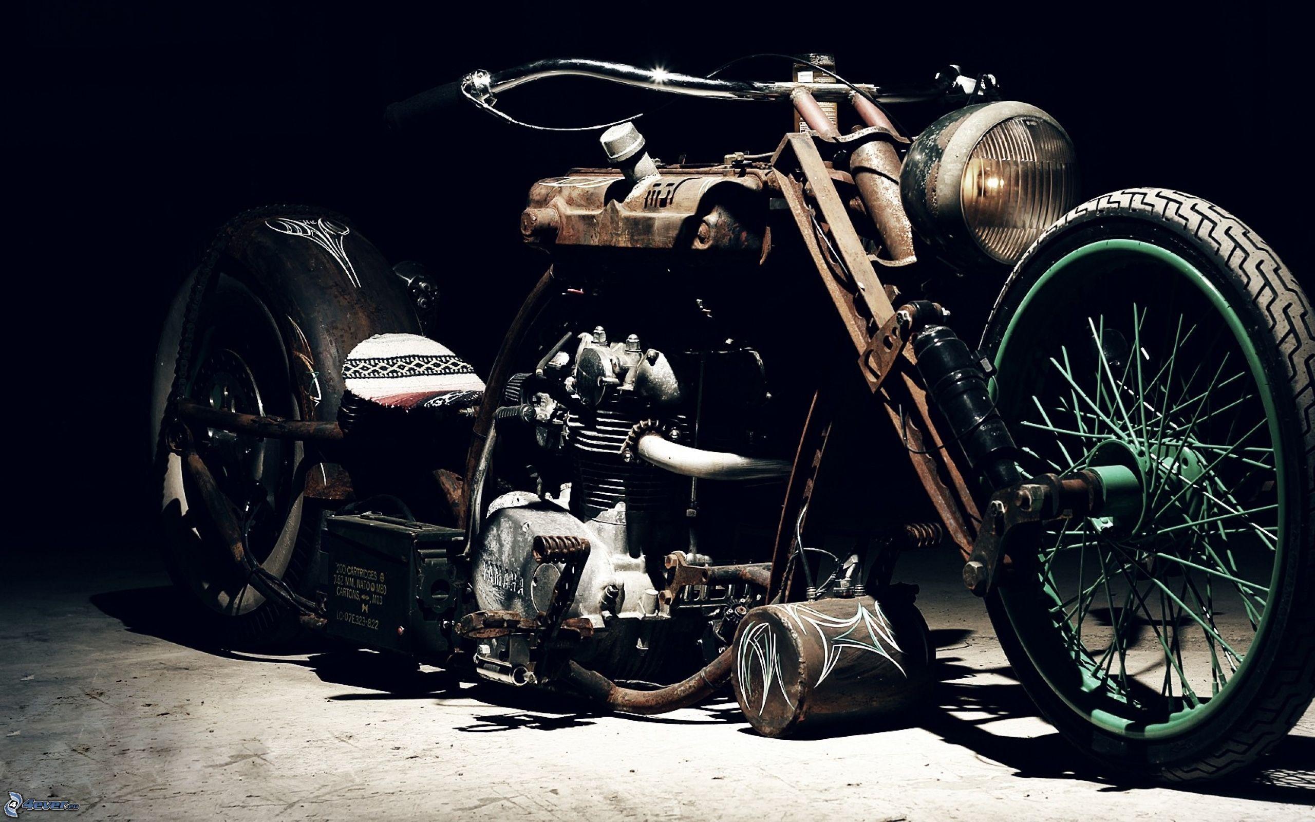 Old bike 2560x1600