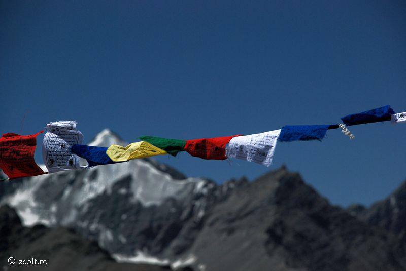 Tibetan Buddhist Wallpapers Tibetan Buddhist prayer flags over 800x535