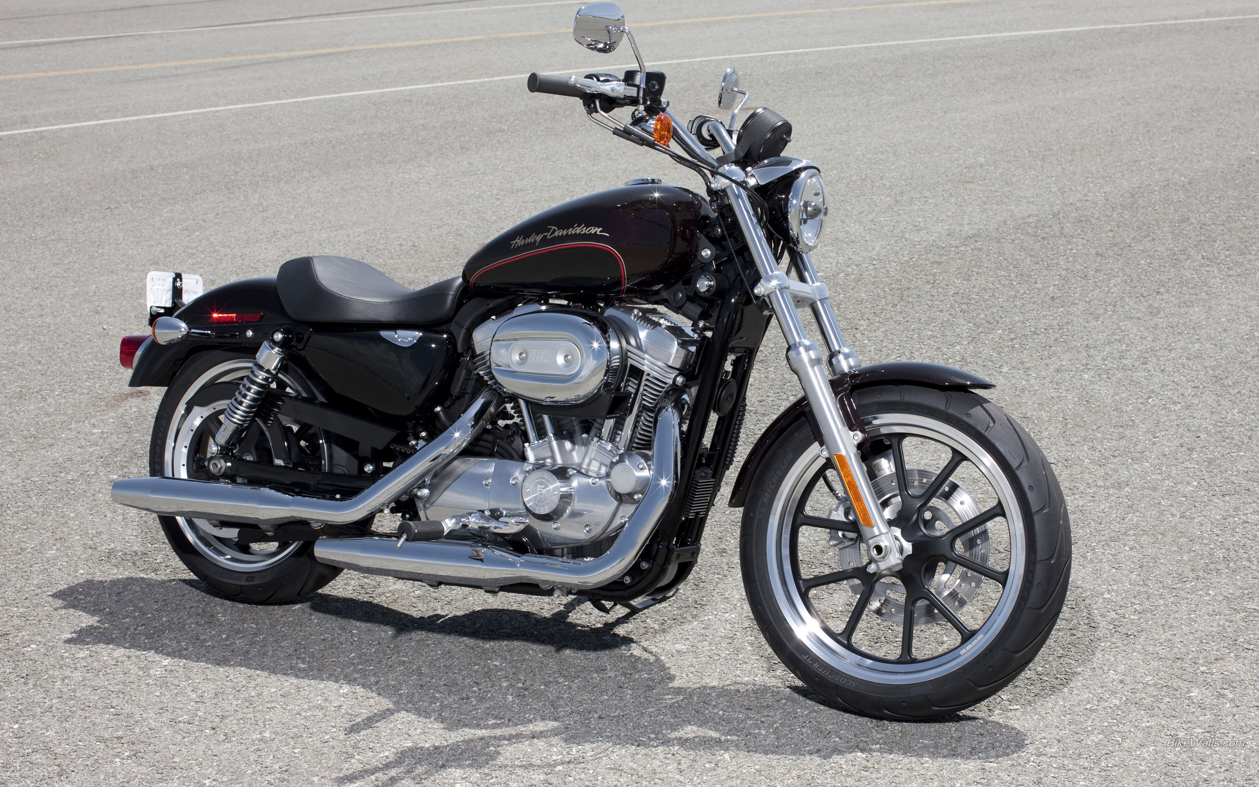 Harley Davidson Sportster SuperLow XL883L 2560 x 1600 Download 2560x1600