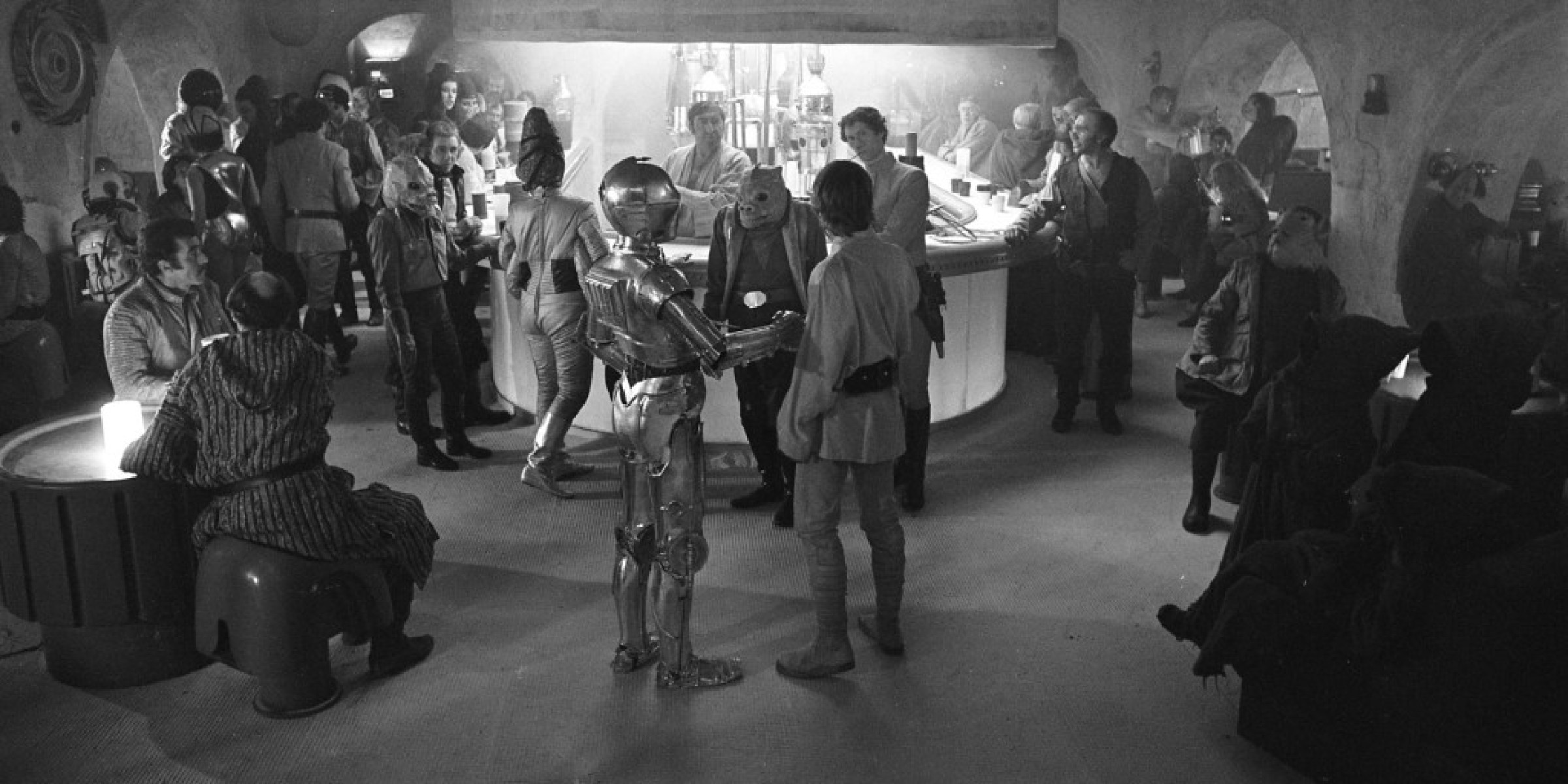 Meet the Humans from the Mos Eisley Cantina StarWarscom 2400x1200