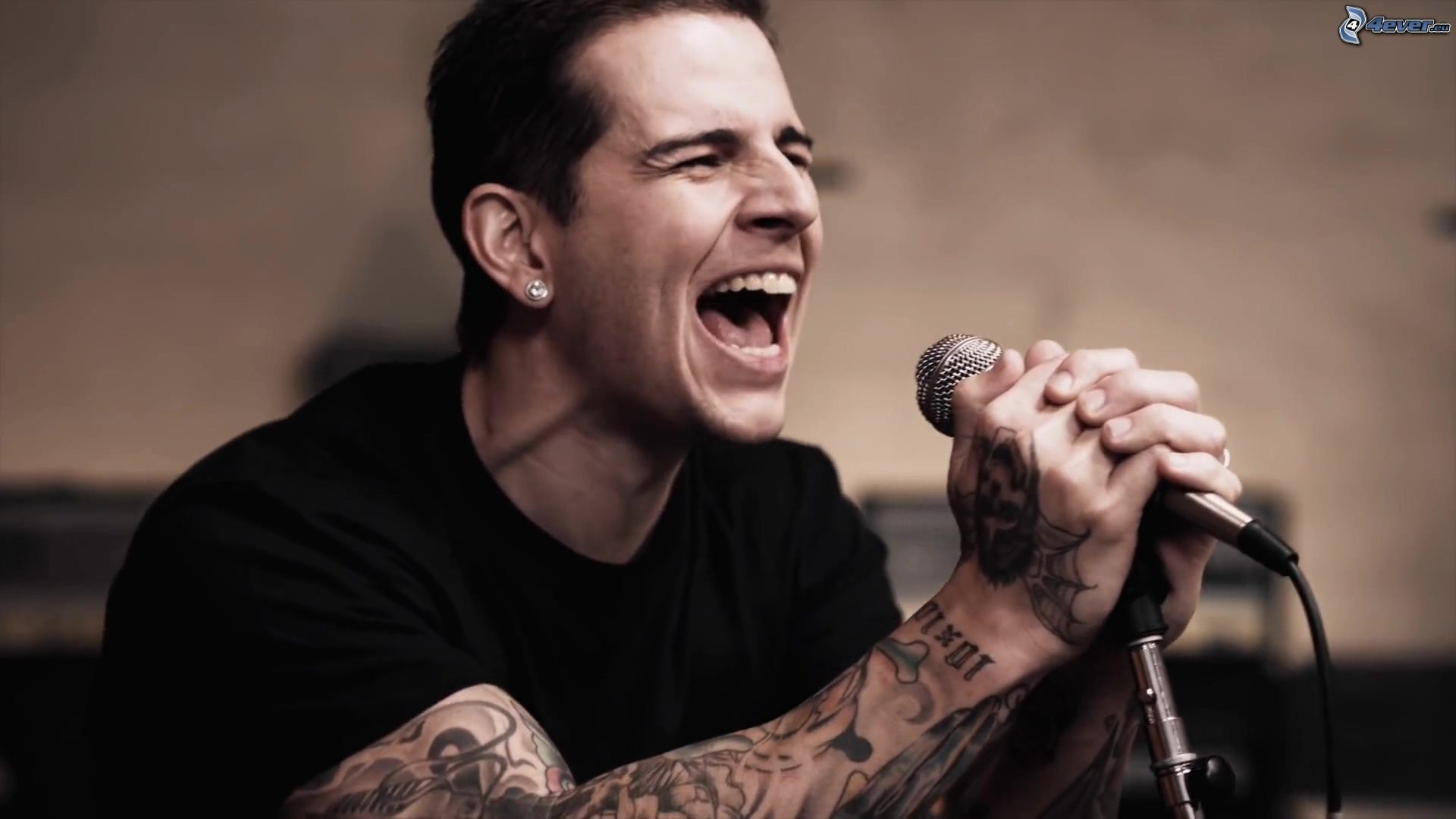 M Shadows Singing Wallpaper wwwgalleryhipcom   The 1920x1080
