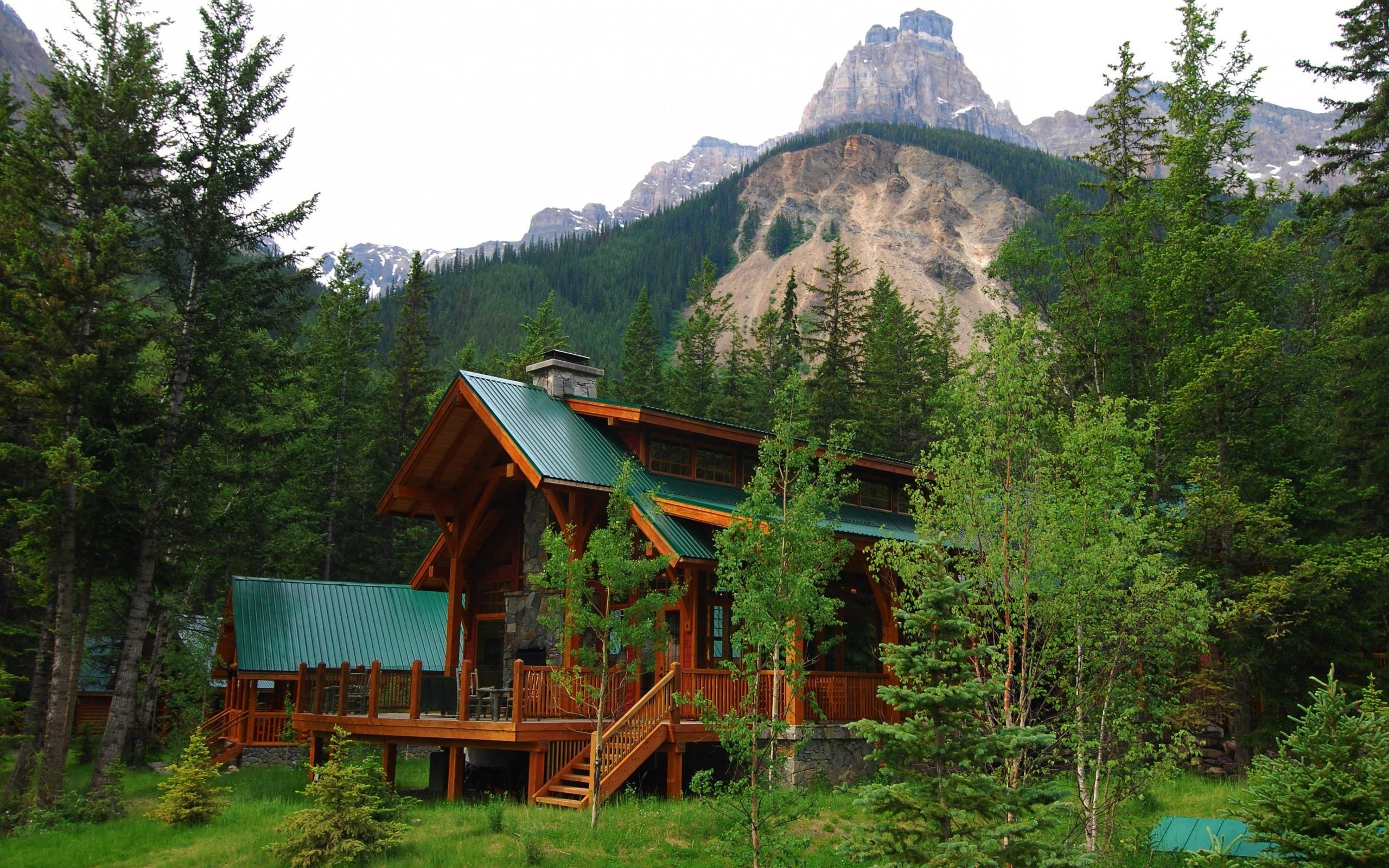 Mountain cabin wallpaper 2560x1600